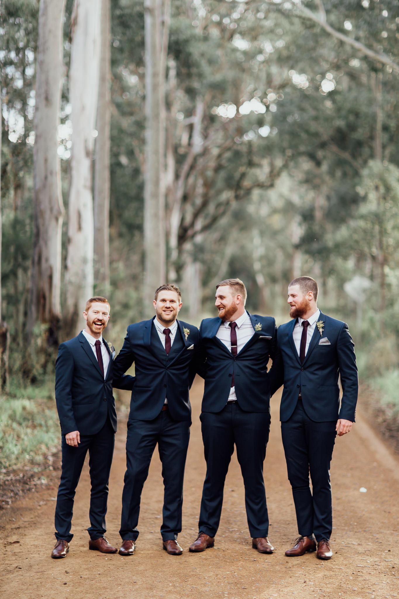 WeddingPhotos_Facebook_2048pixels-1083.jpg
