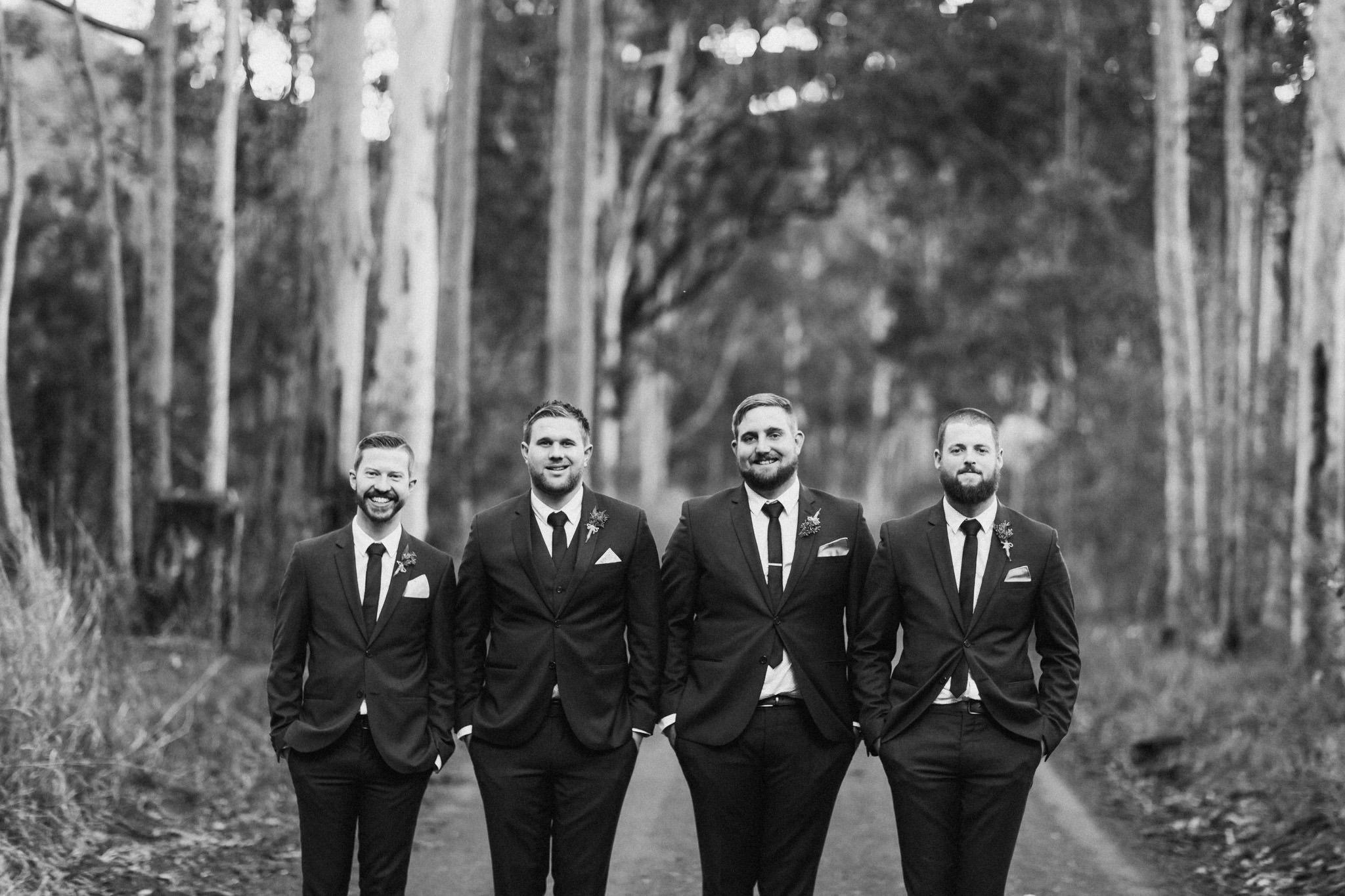 WeddingPhotos_Facebook_2048pixels-1084.jpg