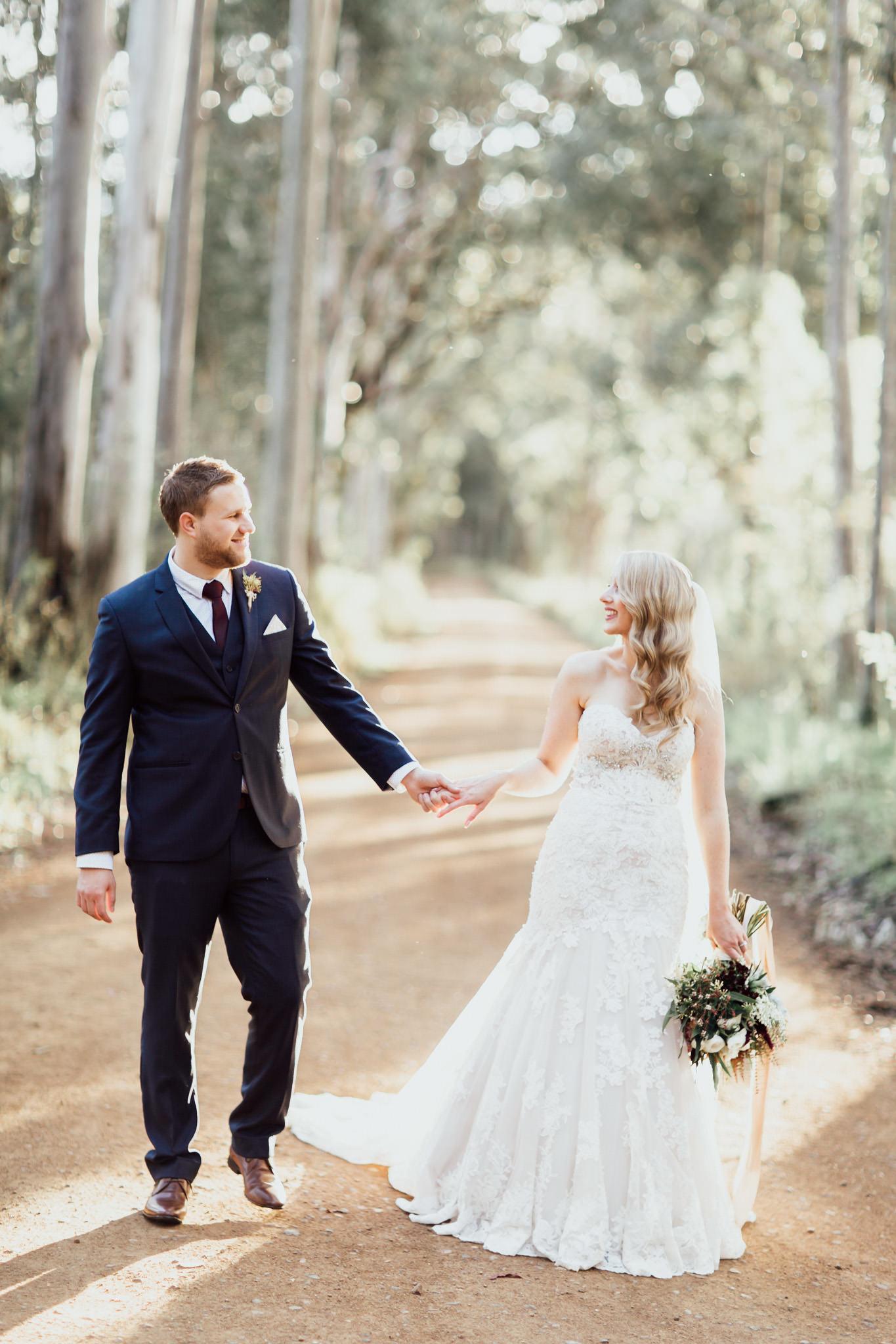 WeddingPhotos_Facebook_2048pixels-1088.jpg