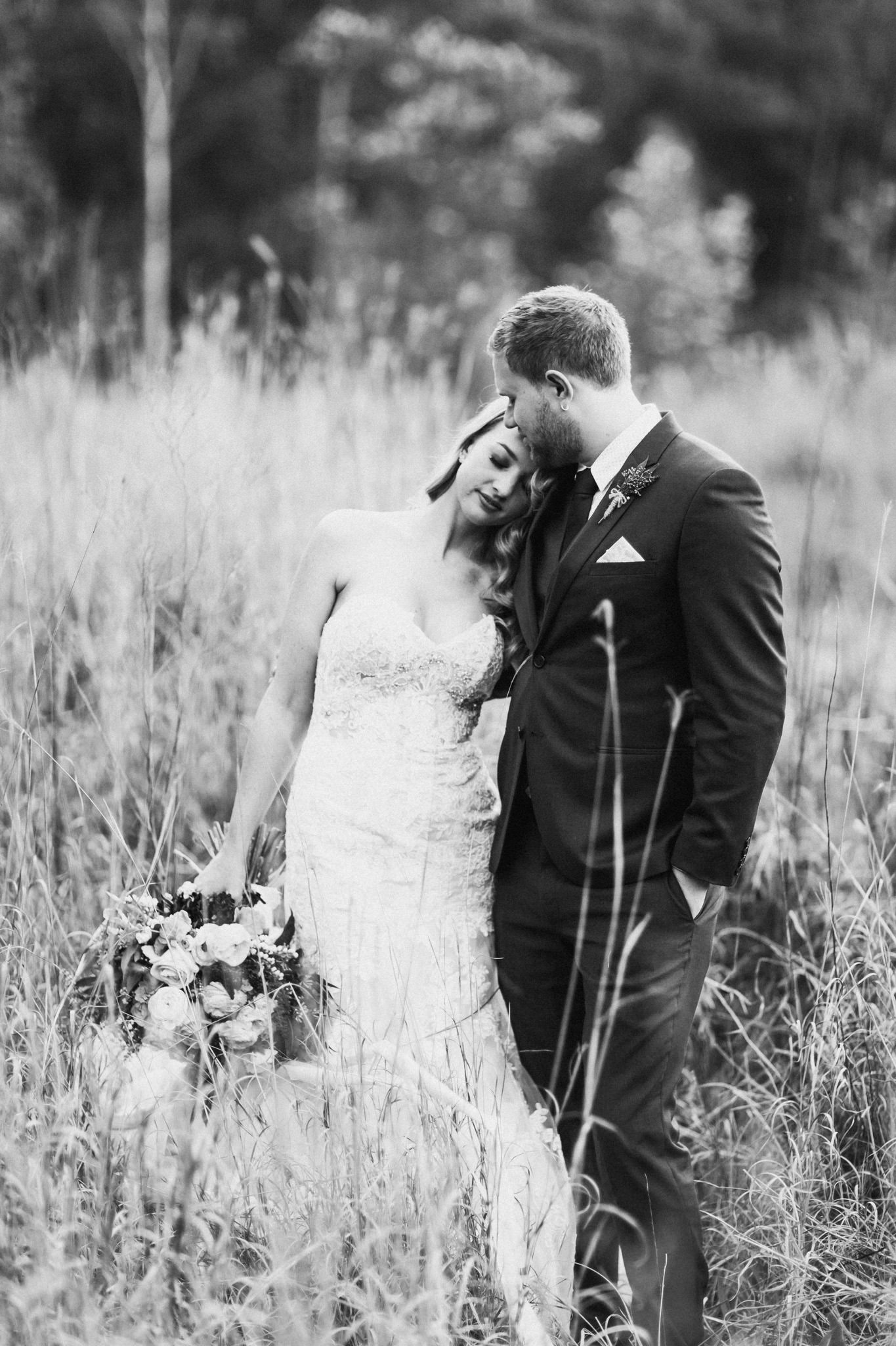 WeddingPhotos_Facebook_2048pixels-1095.jpg