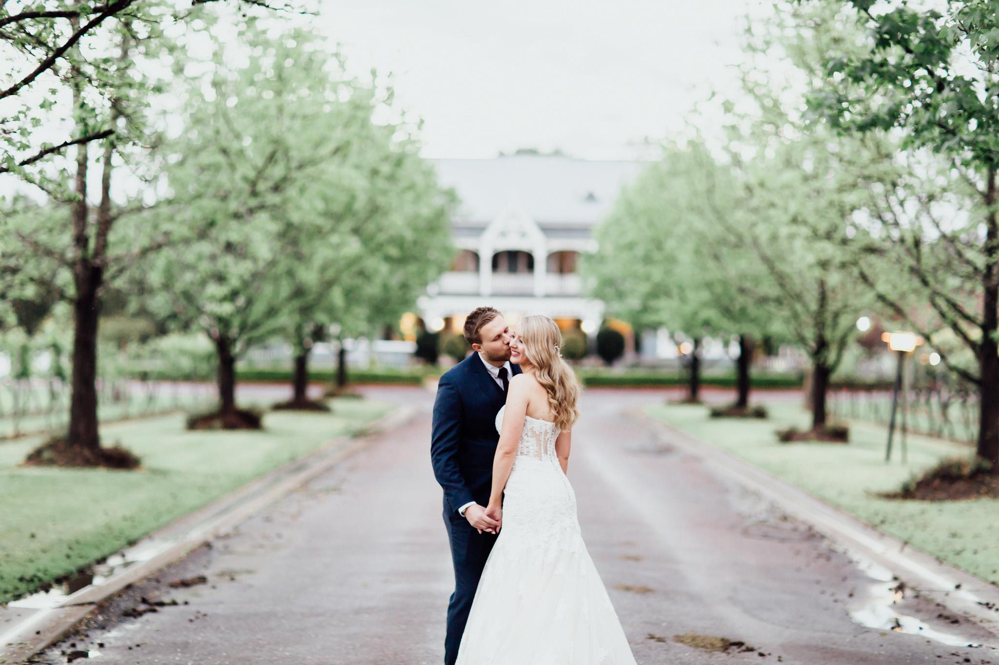 WeddingPhotos_Facebook_2048pixels-1105.jpg