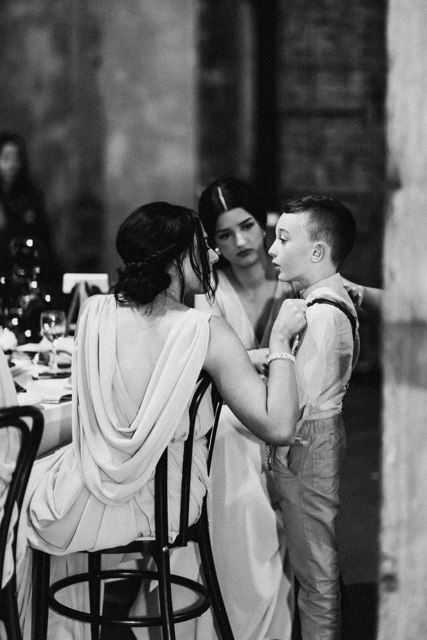 WeddingPhotos_Facebook_2048pixels-1120.jpg