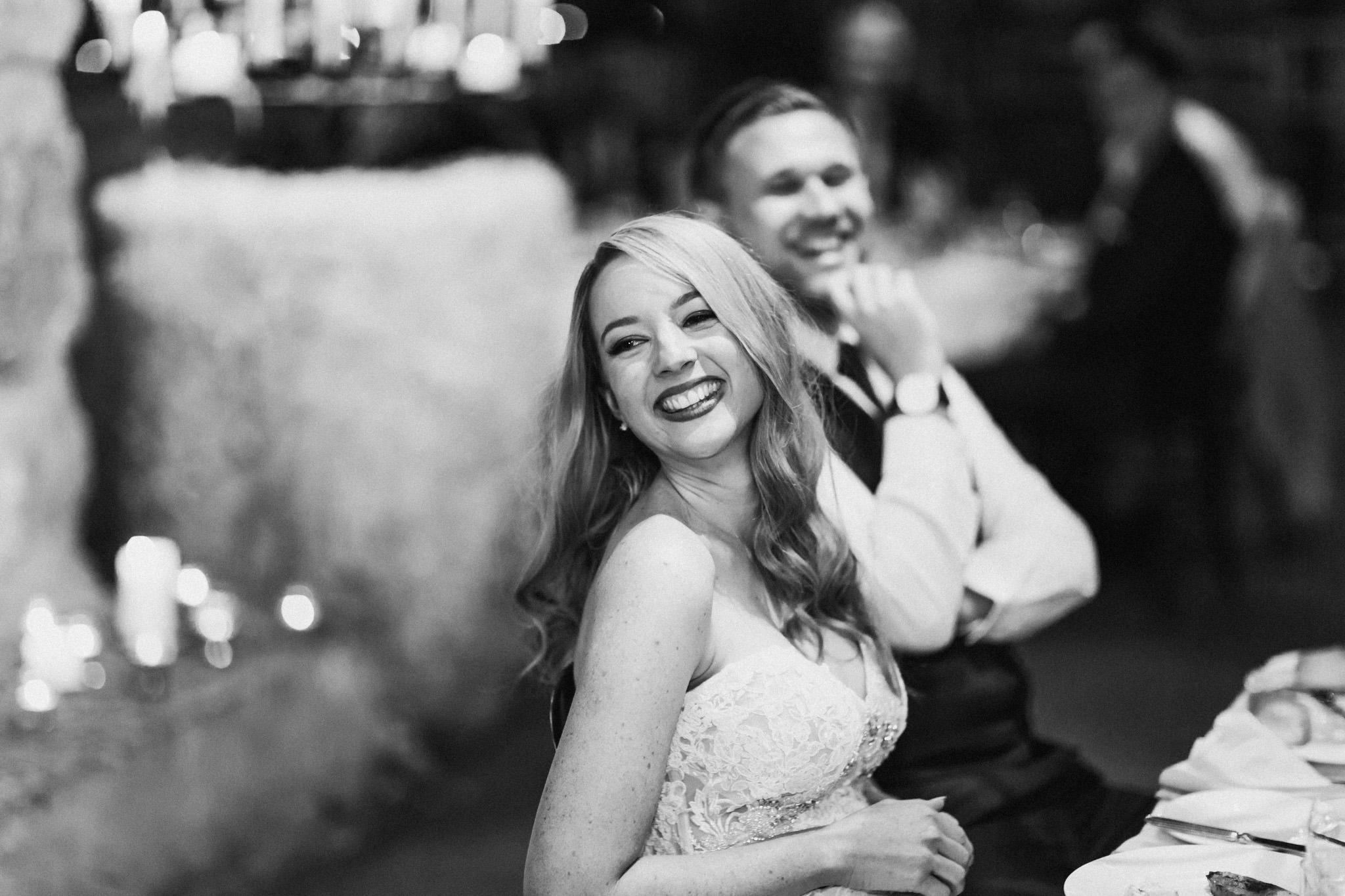 WeddingPhotos_Facebook_2048pixels-1124.jpg