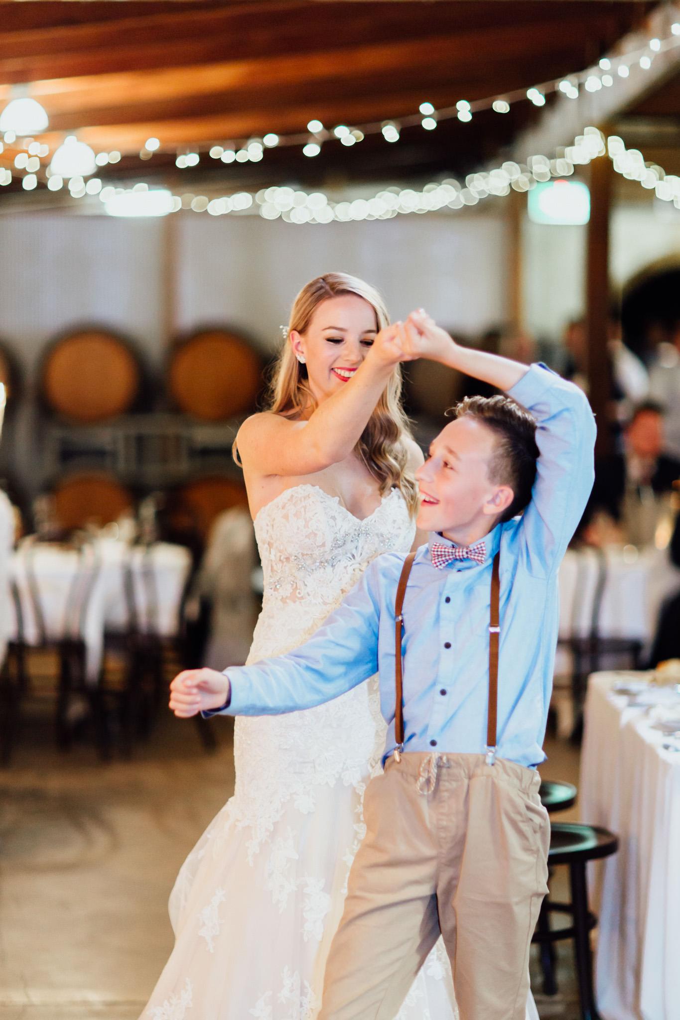 WeddingPhotos_Facebook_2048pixels-1142.jpg