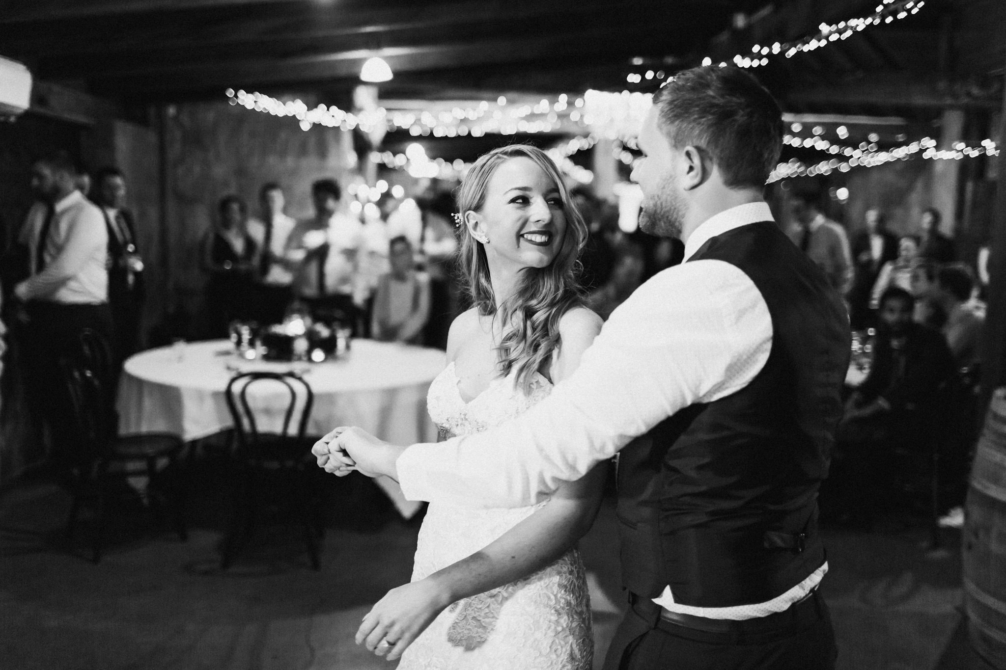 WeddingPhotos_Facebook_2048pixels-1151.jpg