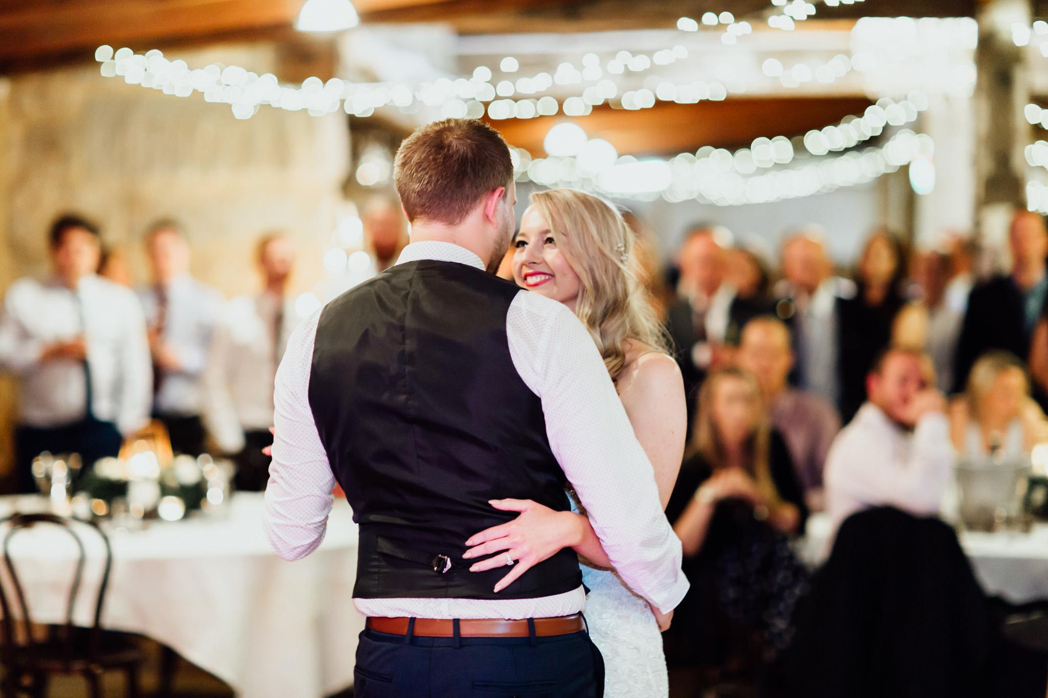 WeddingPhotos_Facebook_2048pixels-1155.jpg