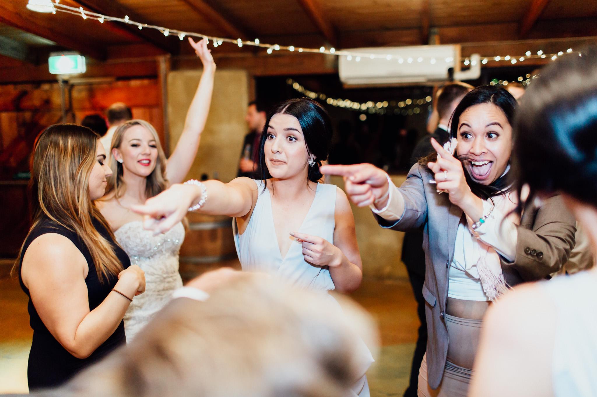 WeddingPhotos_Facebook_2048pixels-1177.jpg