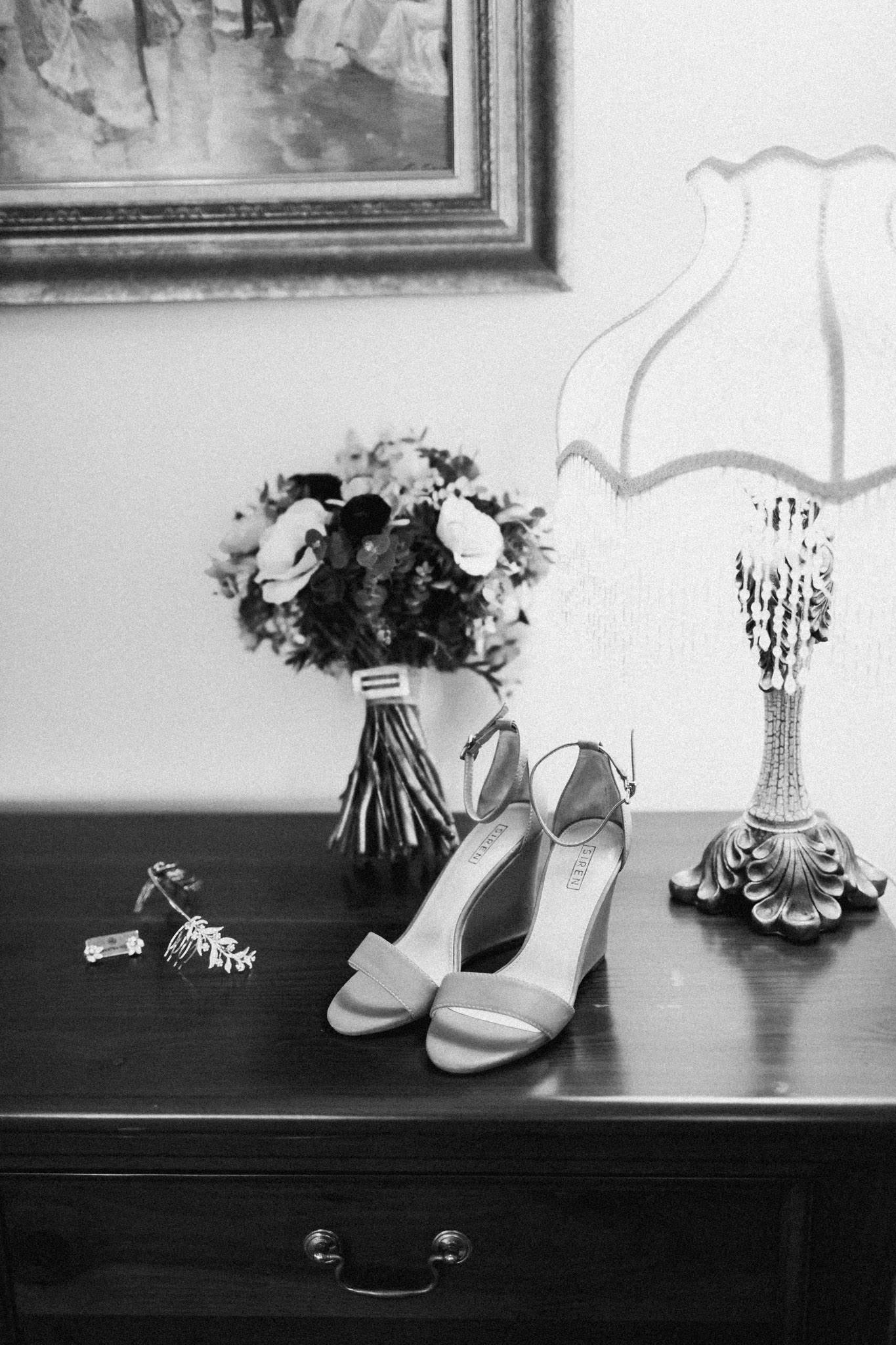 WeddingPhotos_Facebook_2048pixels-1032.jpg
