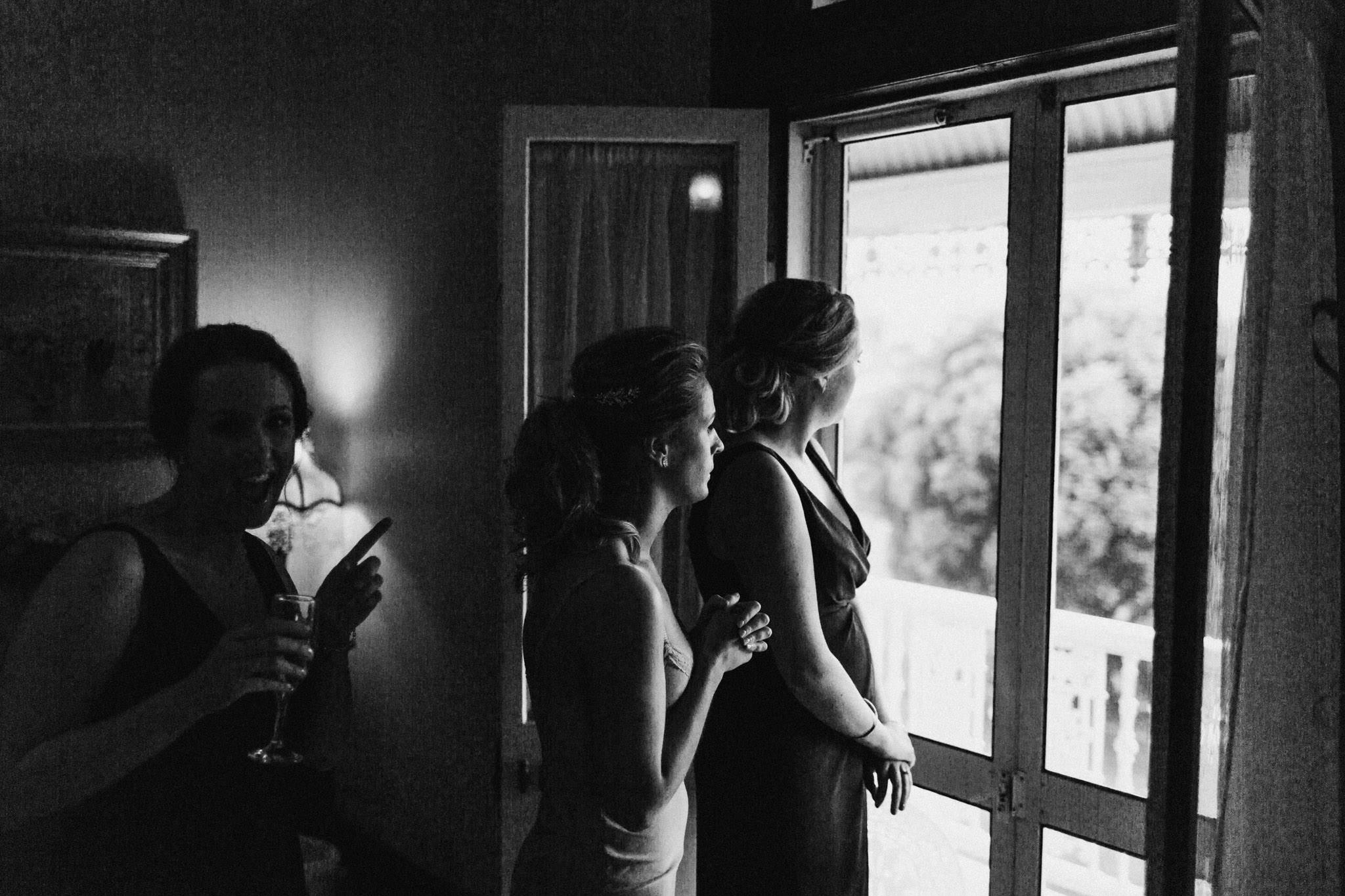 WeddingPhotos_Facebook_2048pixels-1175.jpg