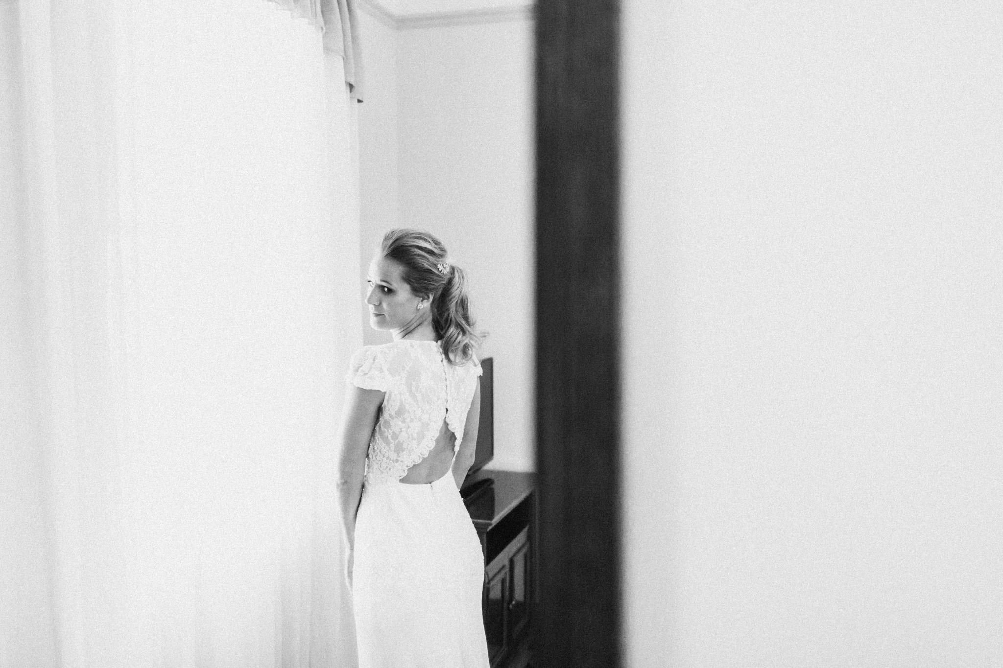 WeddingPhotos_Facebook_2048pixels-1200.jpg