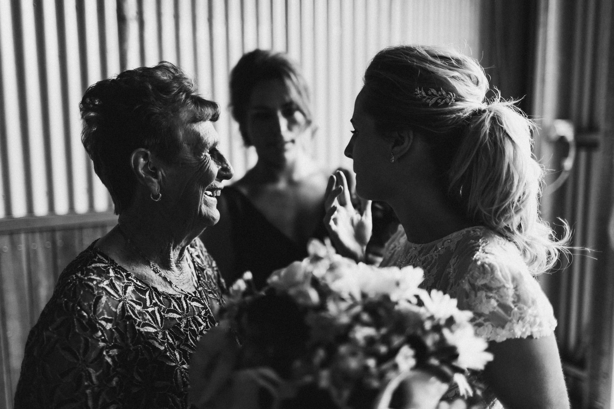 WeddingPhotos_Facebook_2048pixels-1364.jpg