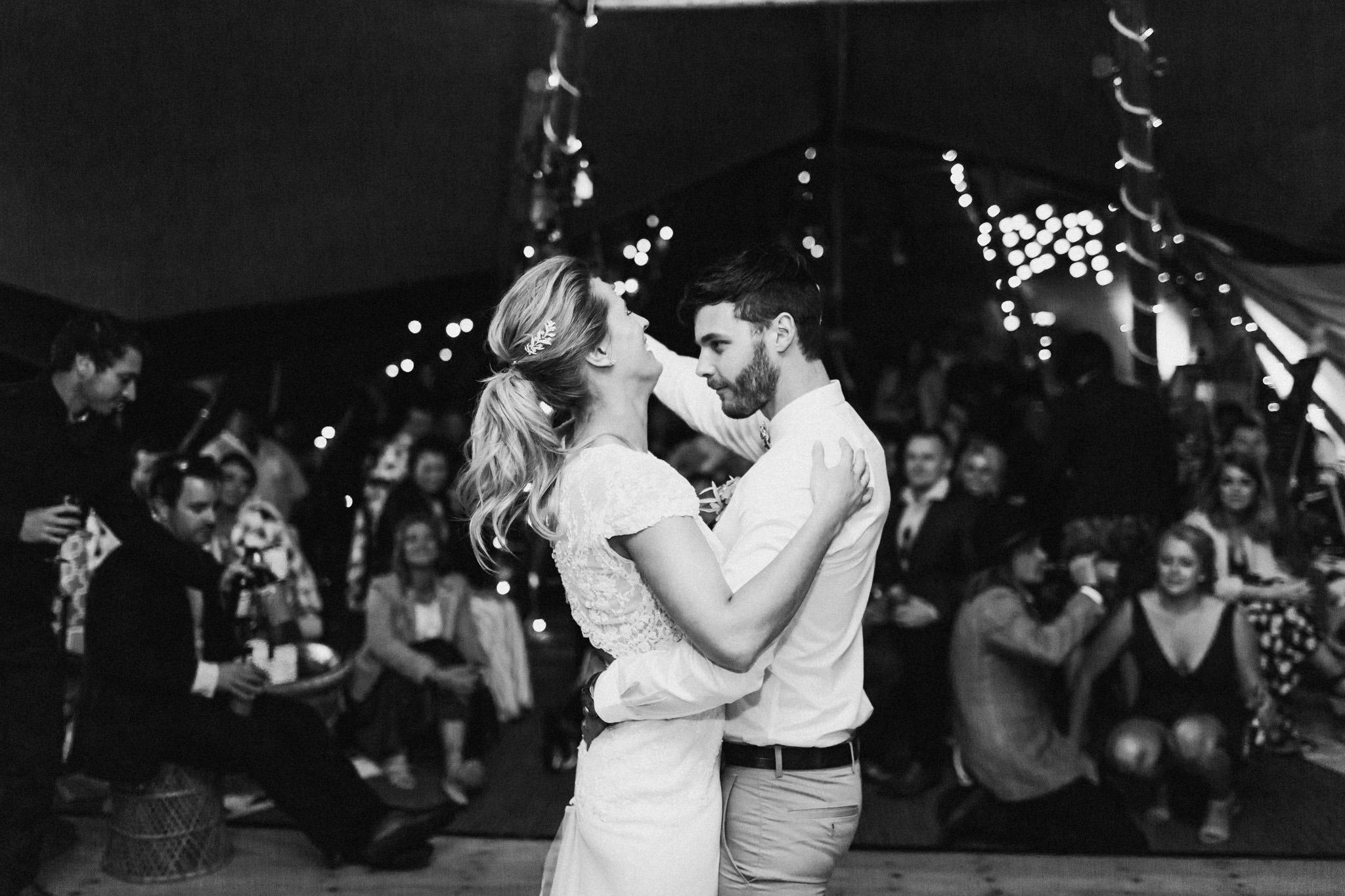 WeddingPhotos_Facebook_2048pixels-1858.jpg