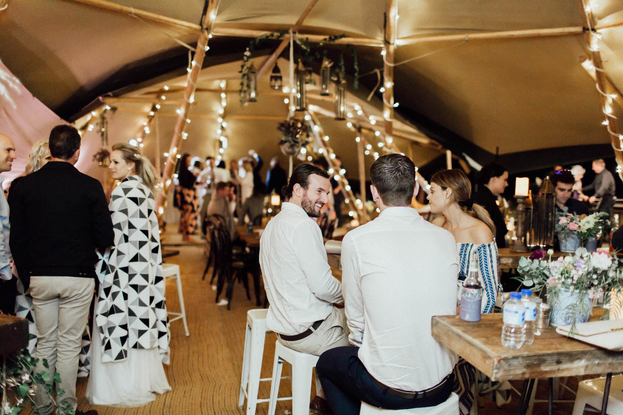 WeddingPhotos_Facebook_2048pixels-1951.jpg