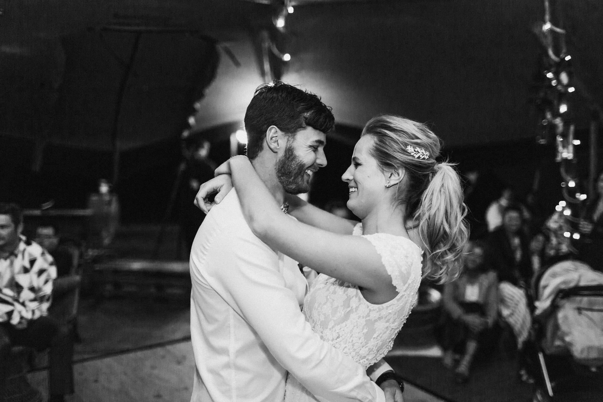 WeddingPhotos_Facebook_2048pixels-1865.jpg