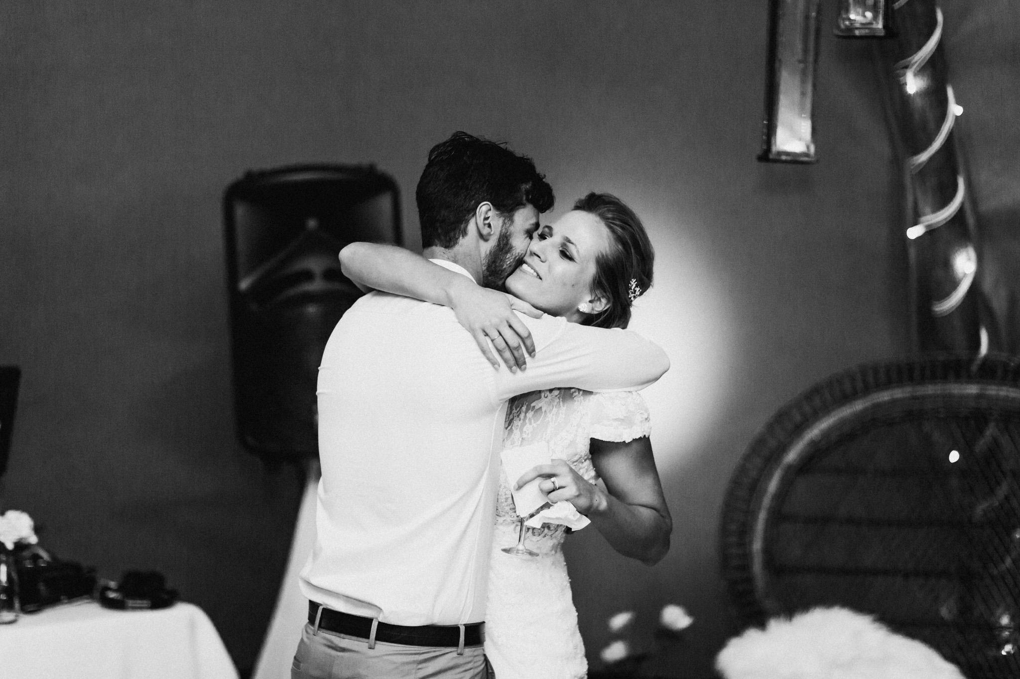 WeddingPhotos_Facebook_2048pixels-1852.jpg