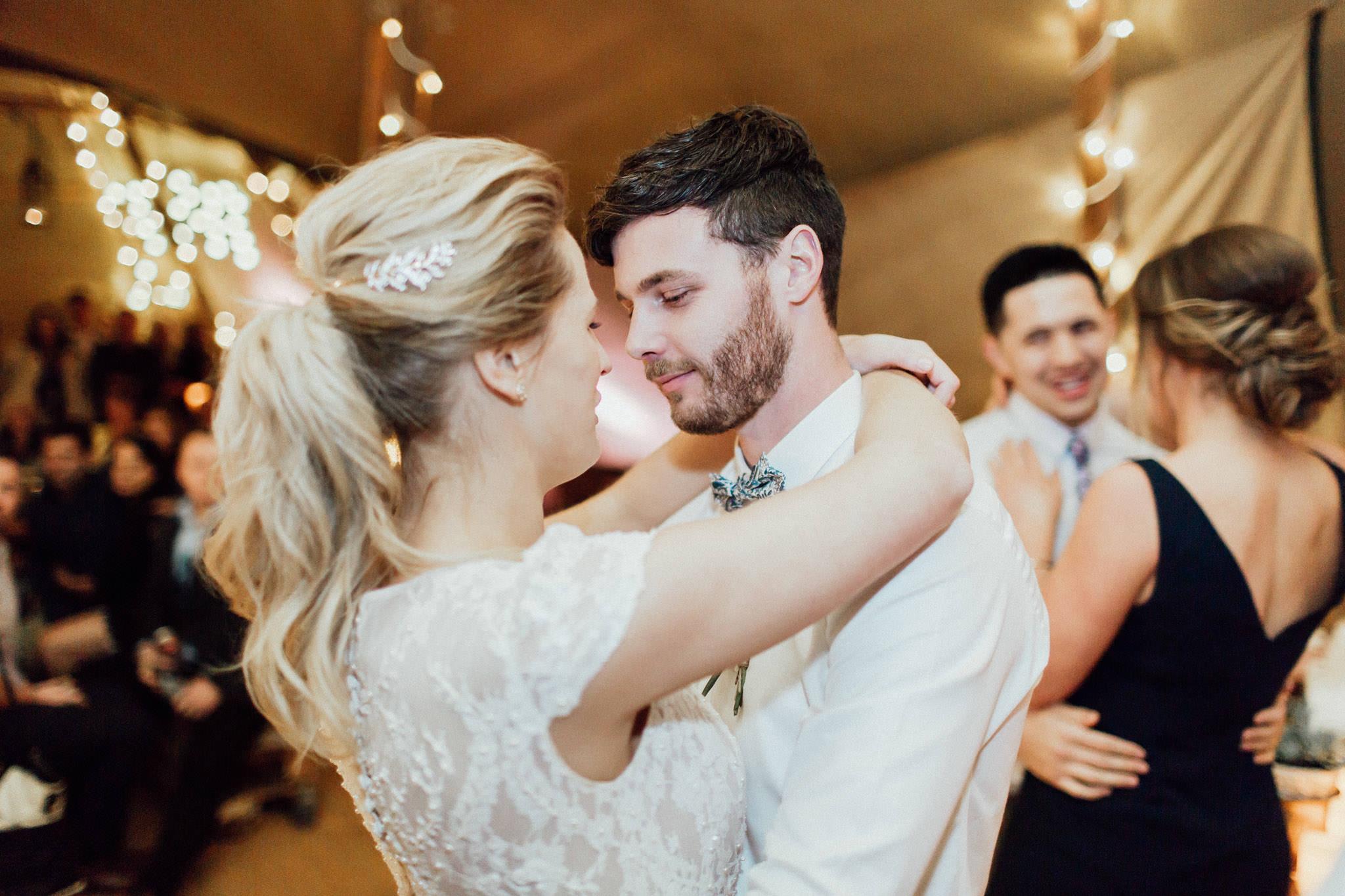 WeddingPhotos_Facebook_2048pixels-1871.jpg