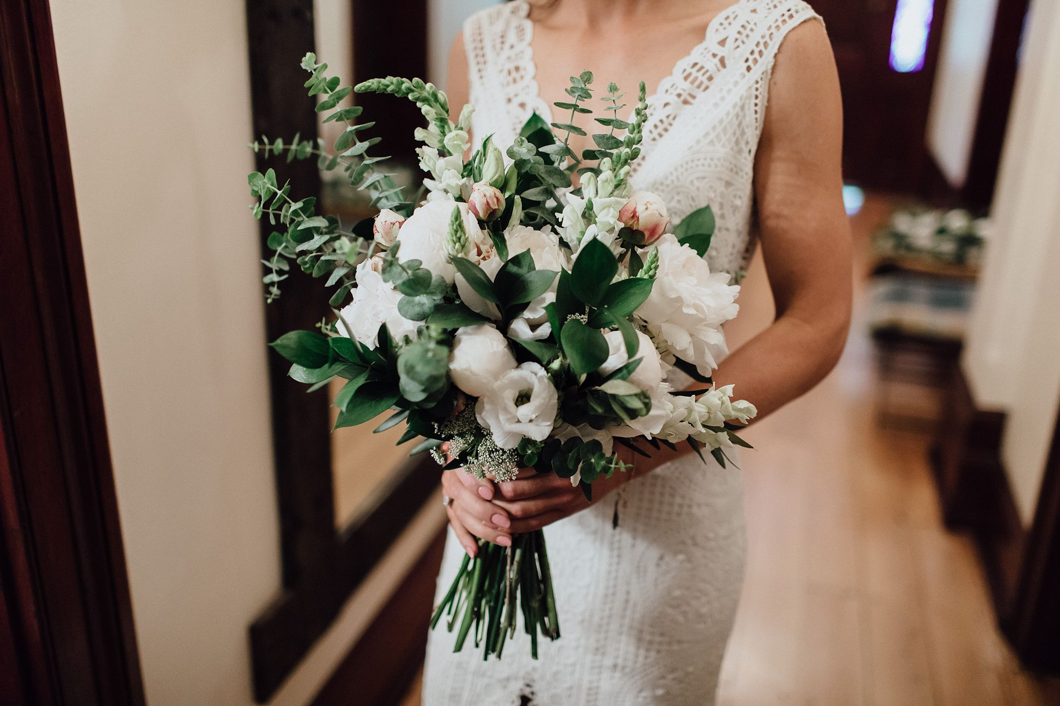 lauren-anne-photography-newcastle-wedding-photographer-mindaribba-house_0014.jpg