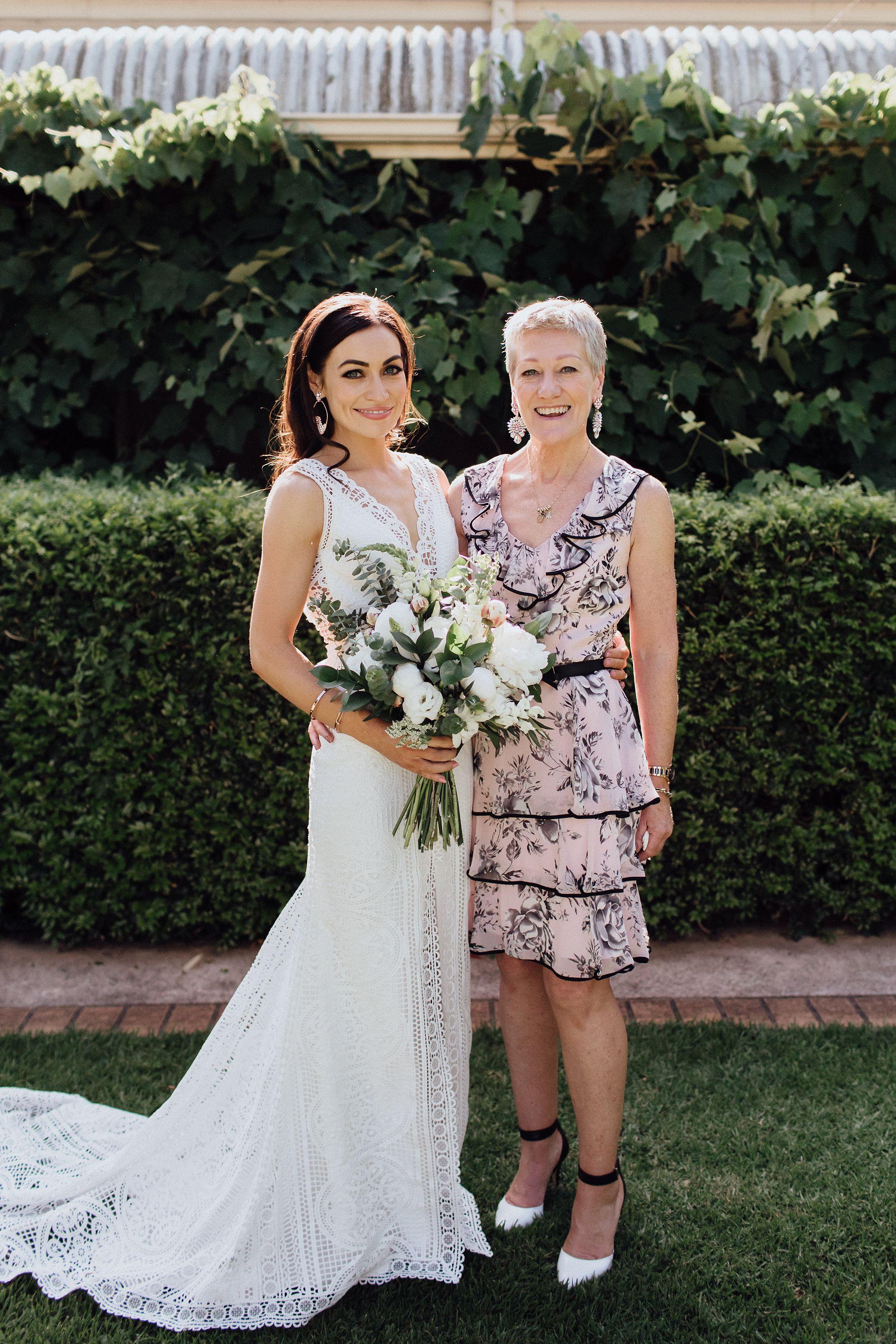 lauren-anne-photography-newcastle-wedding-photographer-mindaribba-house_0056.jpg
