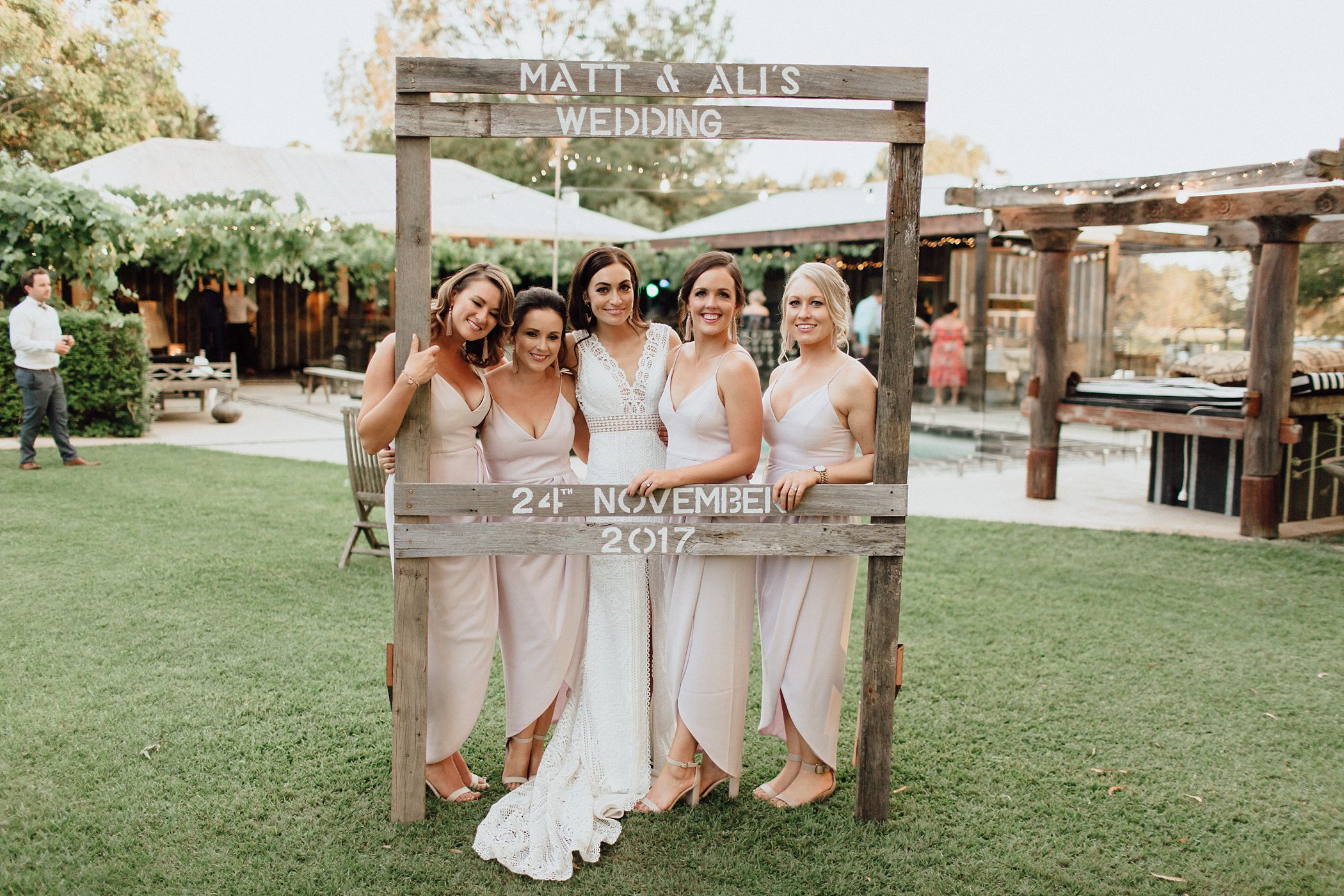 lauren-anne-photography-newcastle-wedding-photographer-mindaribba-house_0126.jpg