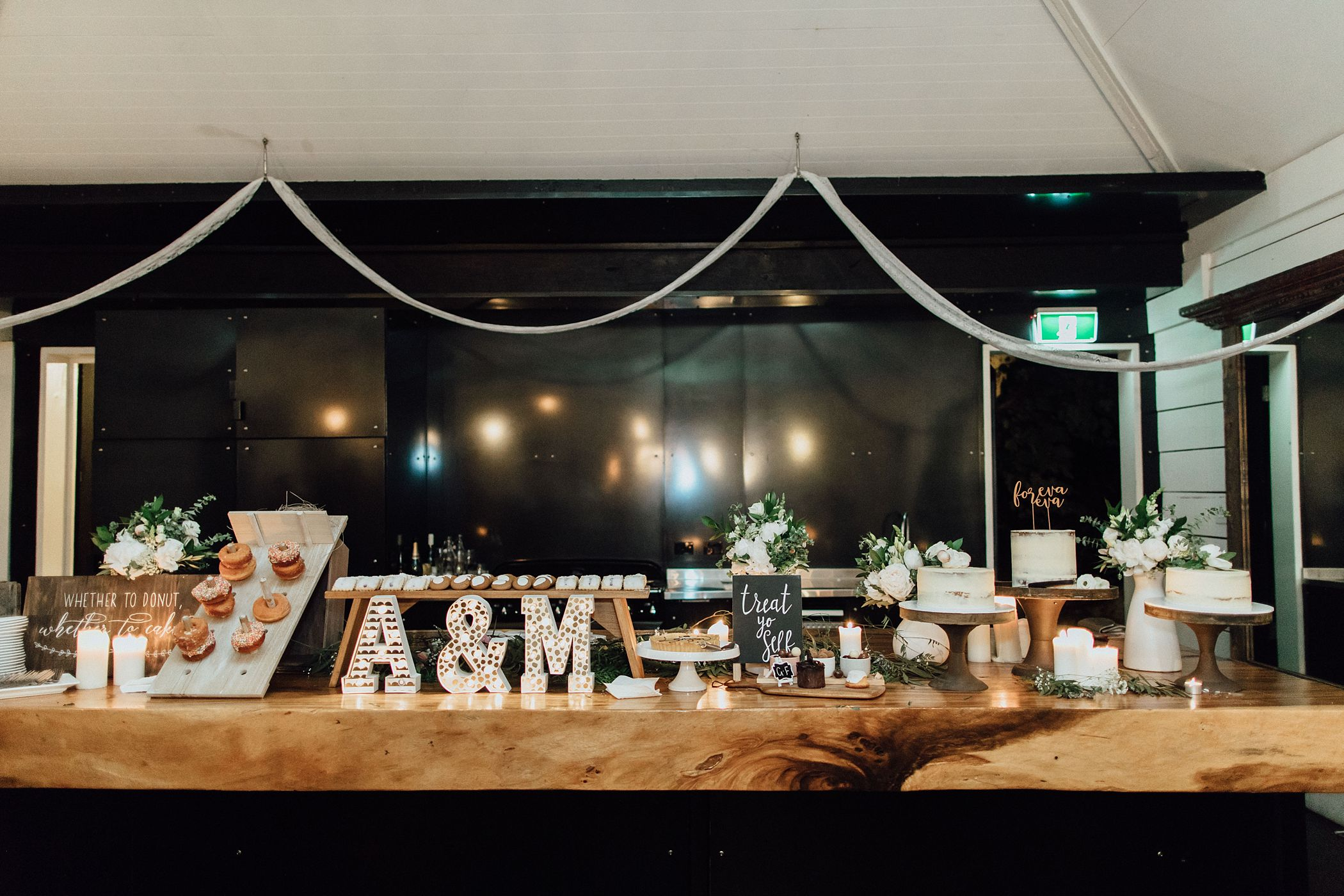 lauren-anne-photography-newcastle-wedding-photographer-mindaribba-house_0164.jpg