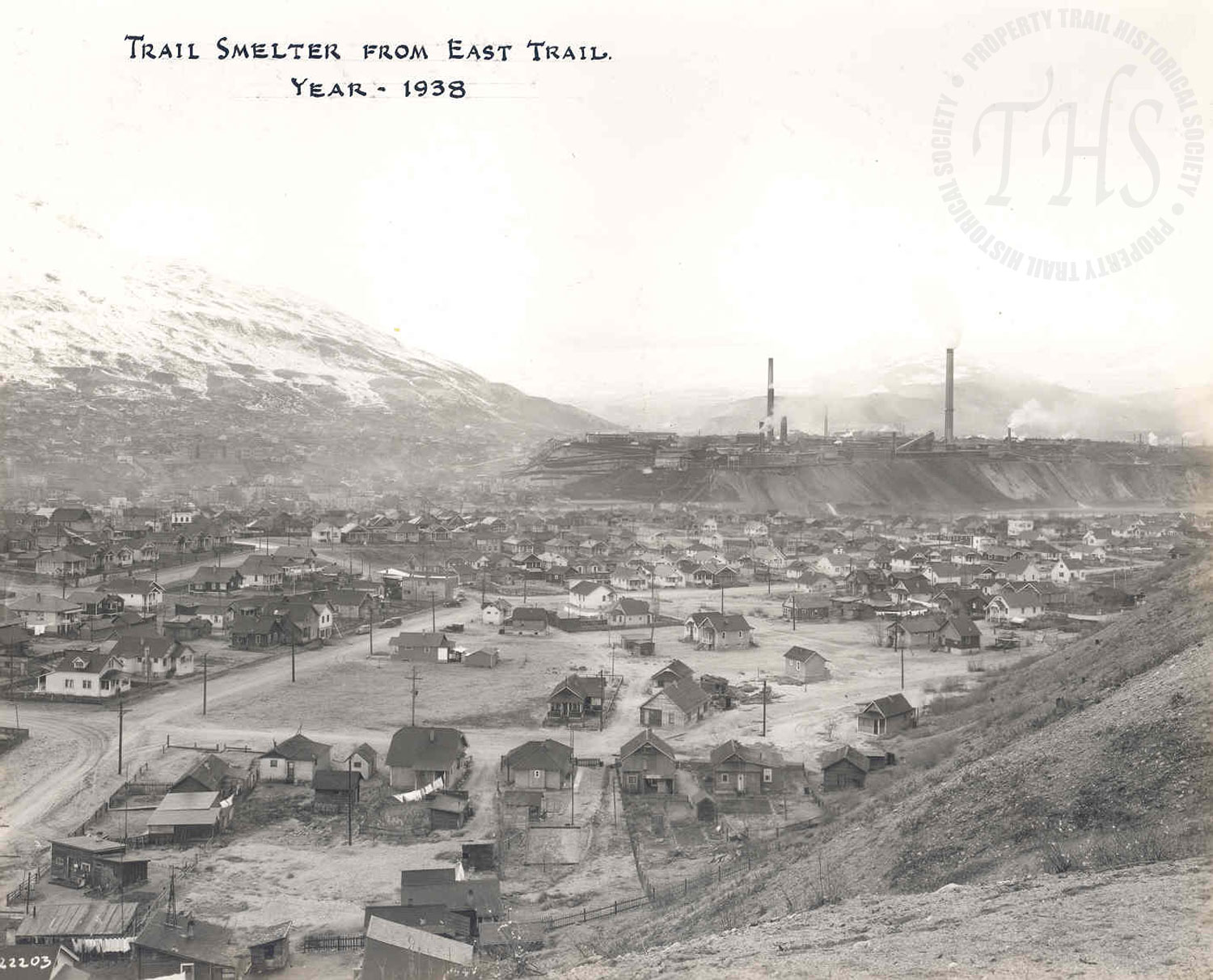 5  th   Avenue in East Trail, towards Smelter (Hughes) - 1938