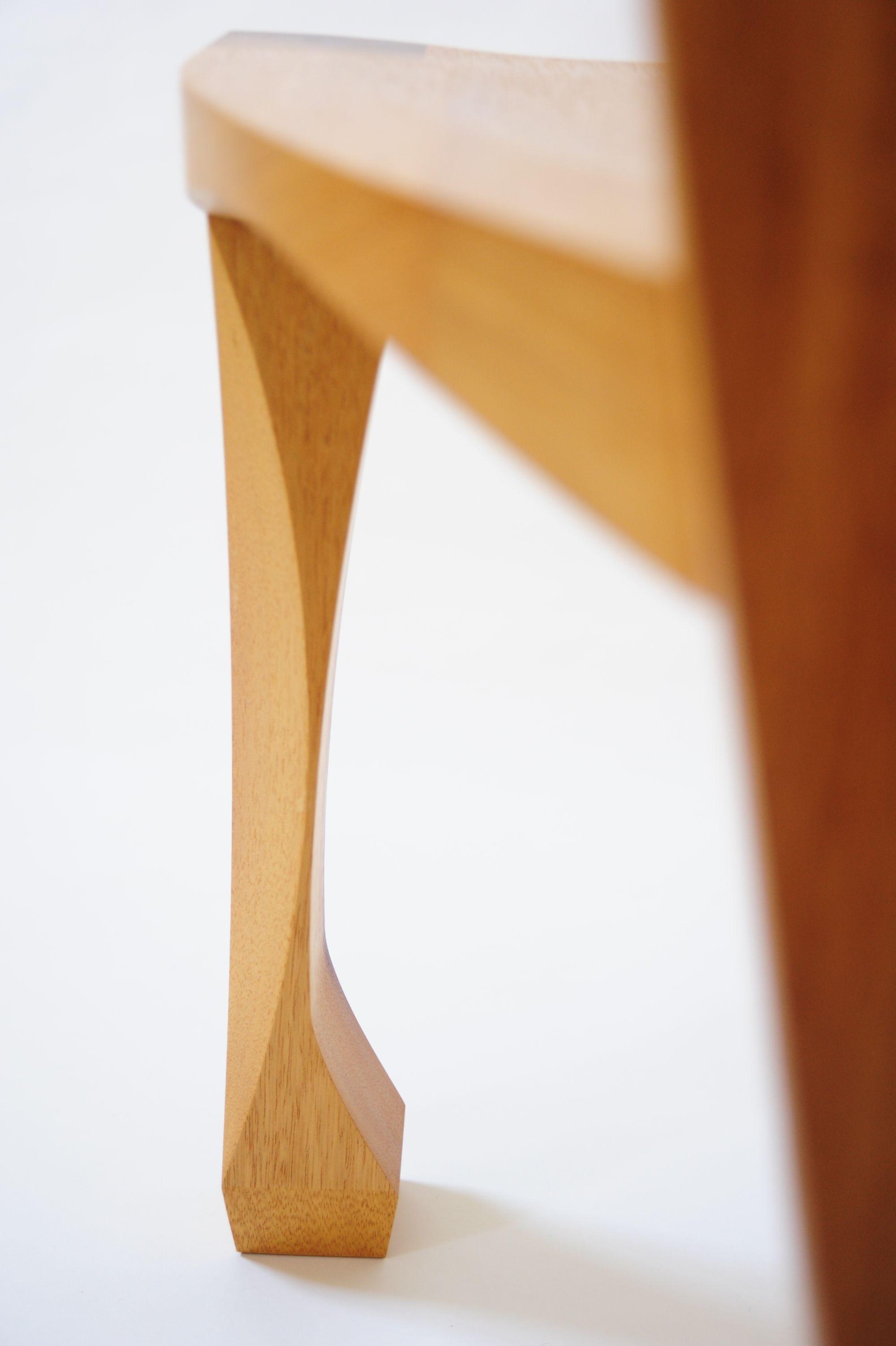 Leg Detail(3401).jpg