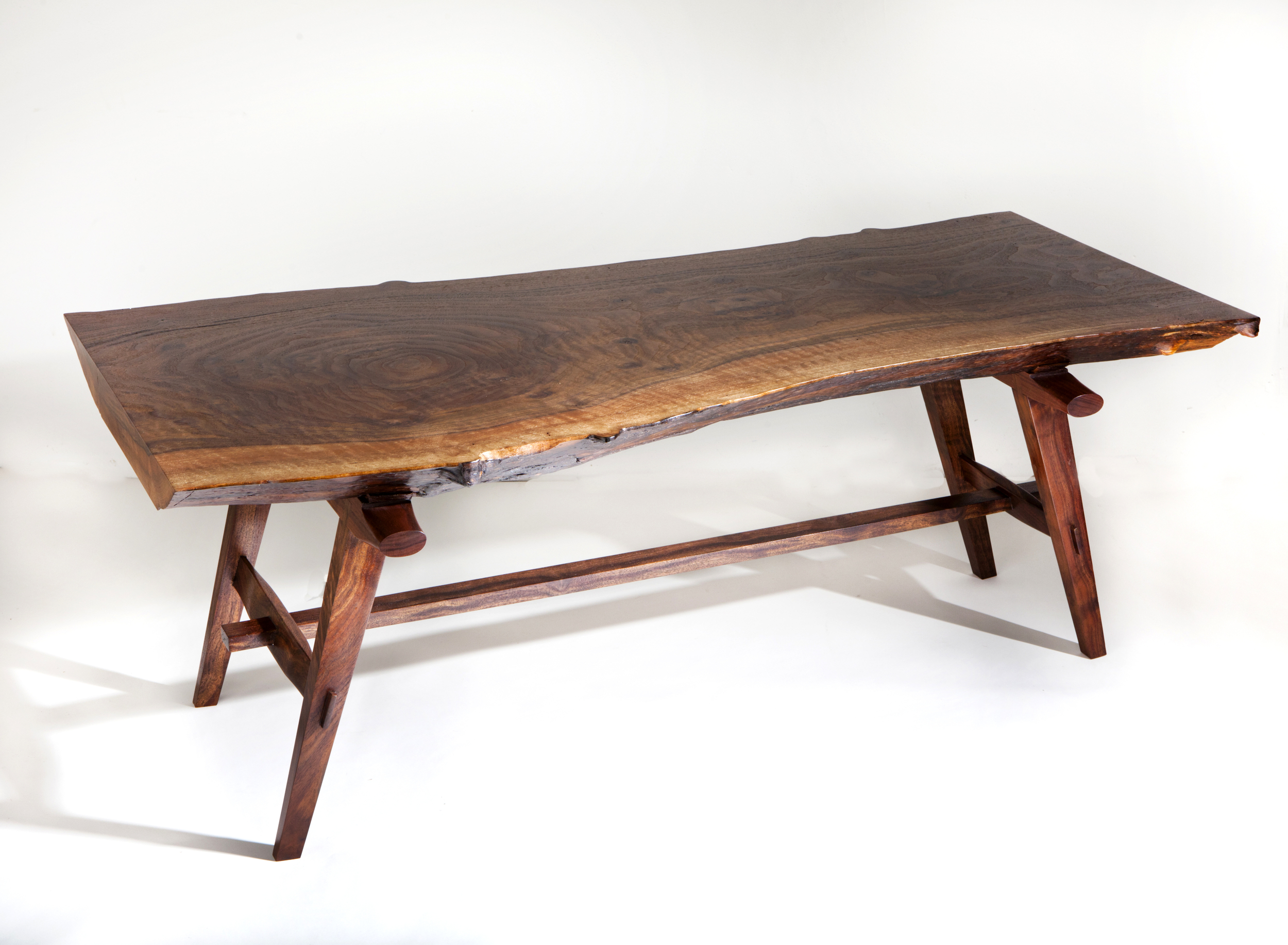 walnut_coffeetable