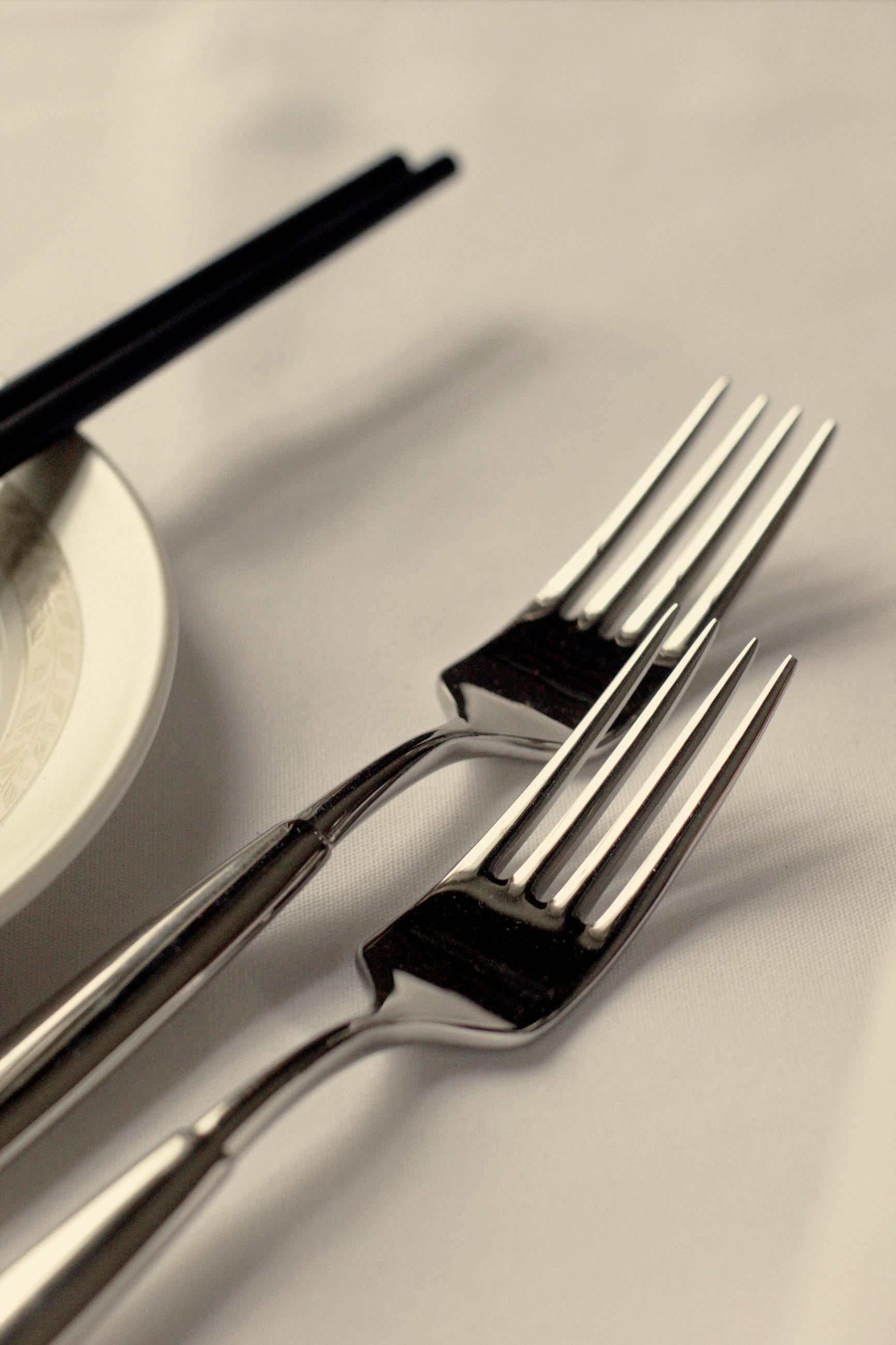 cutlery-close-up-edited.jpg