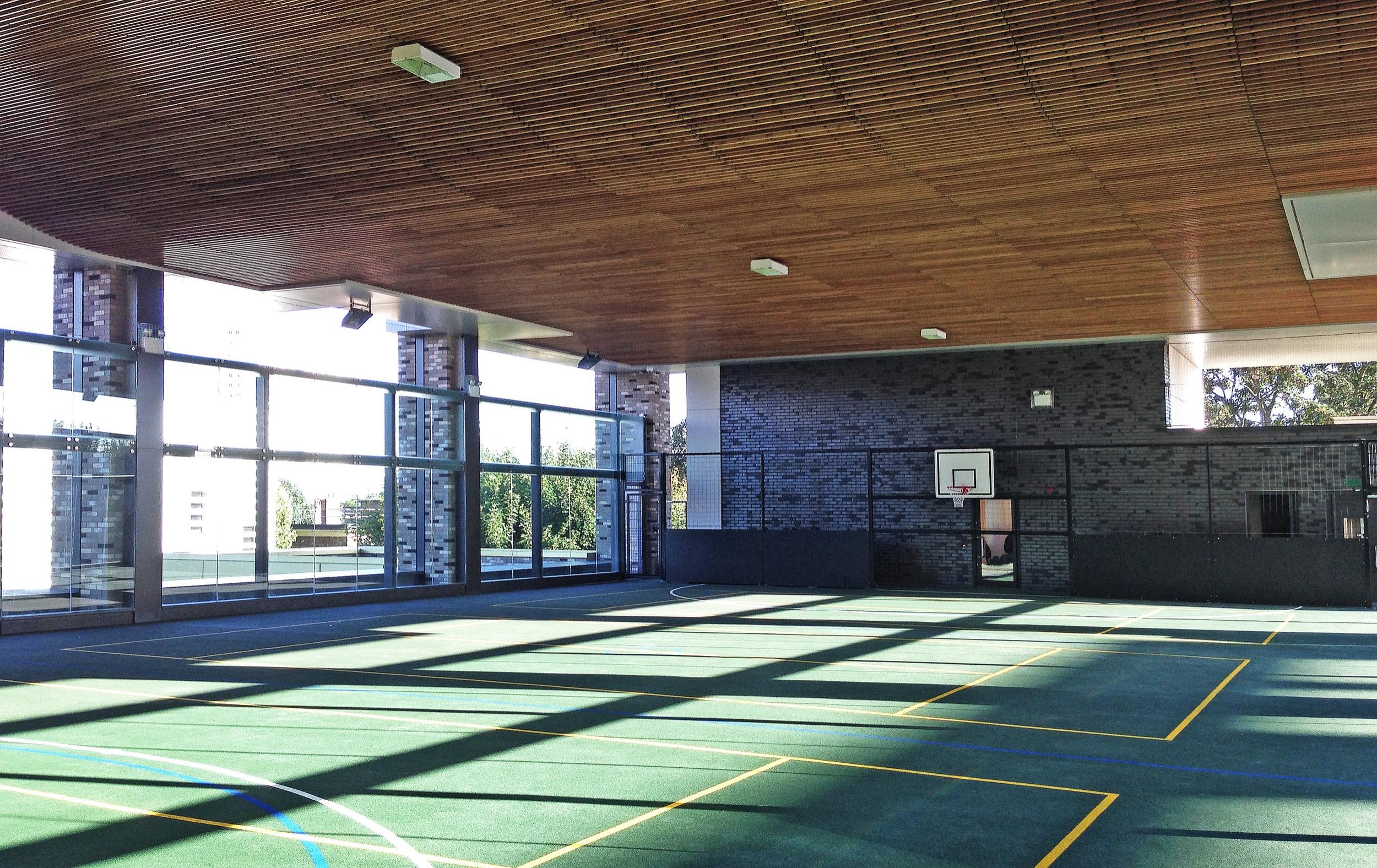 (JF) Second floor / deck level MUGA