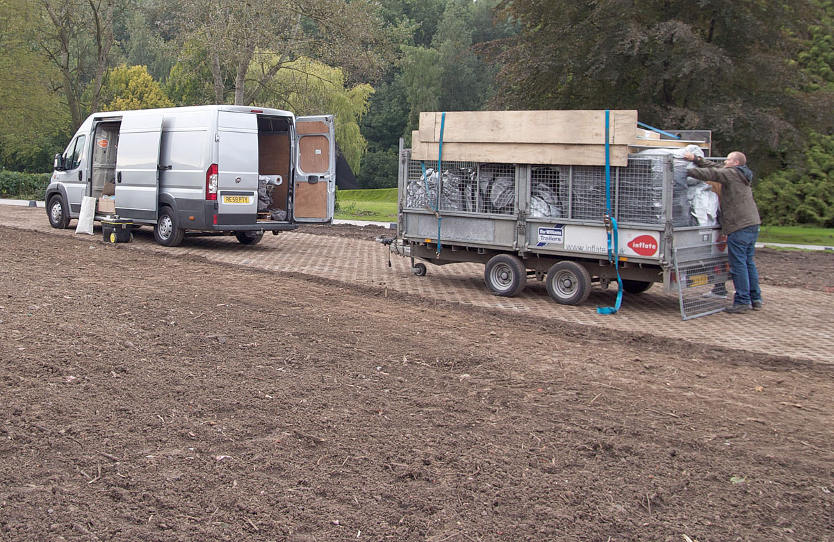 The whole structure, arriving on site on a small trailer