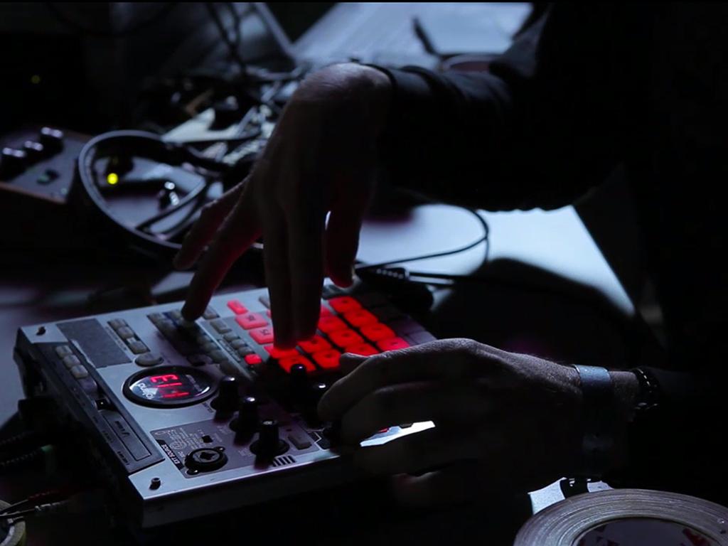 Dddixie composing