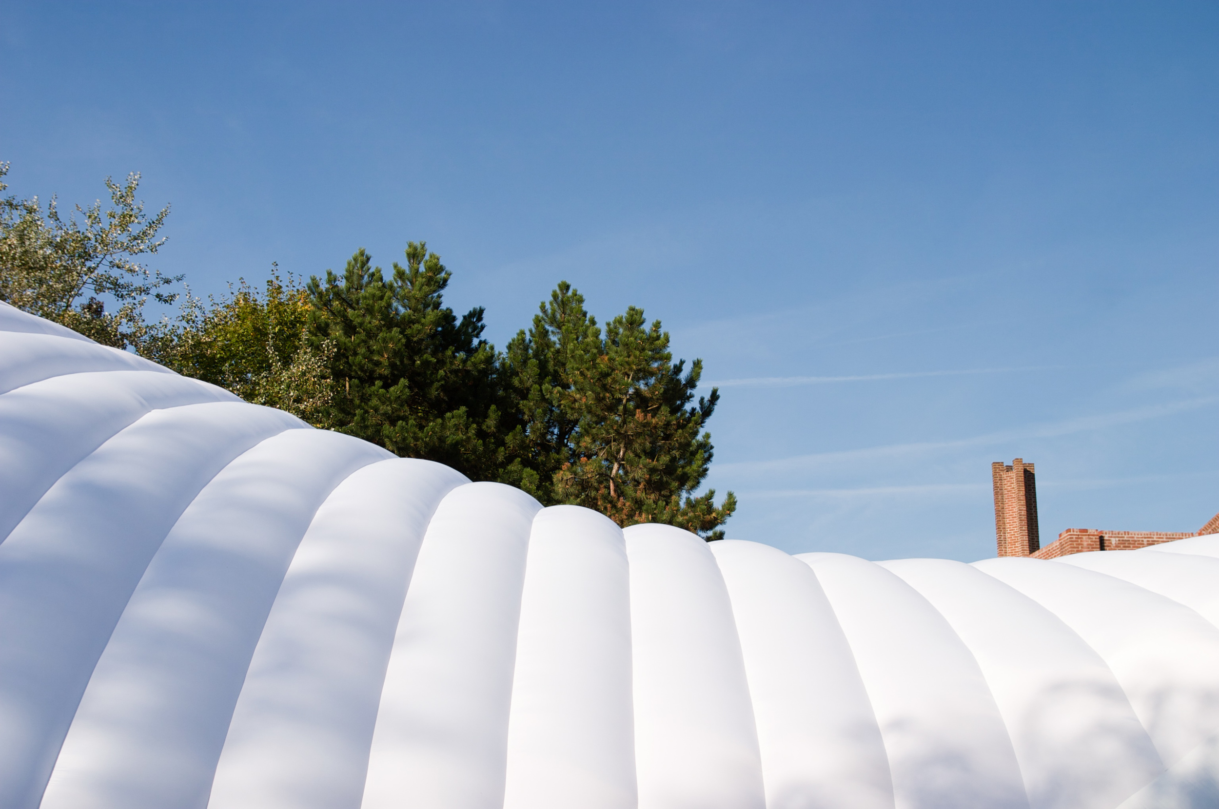 The curvature of our double-skin inflatable structure, for the Lille Museum of Modern Art