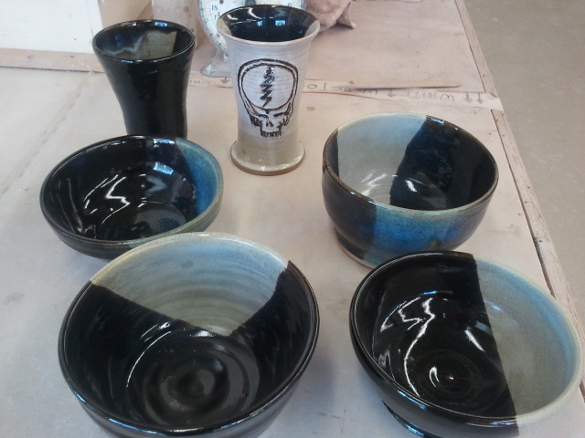 Black and White Pottery series 2 - Calin Day