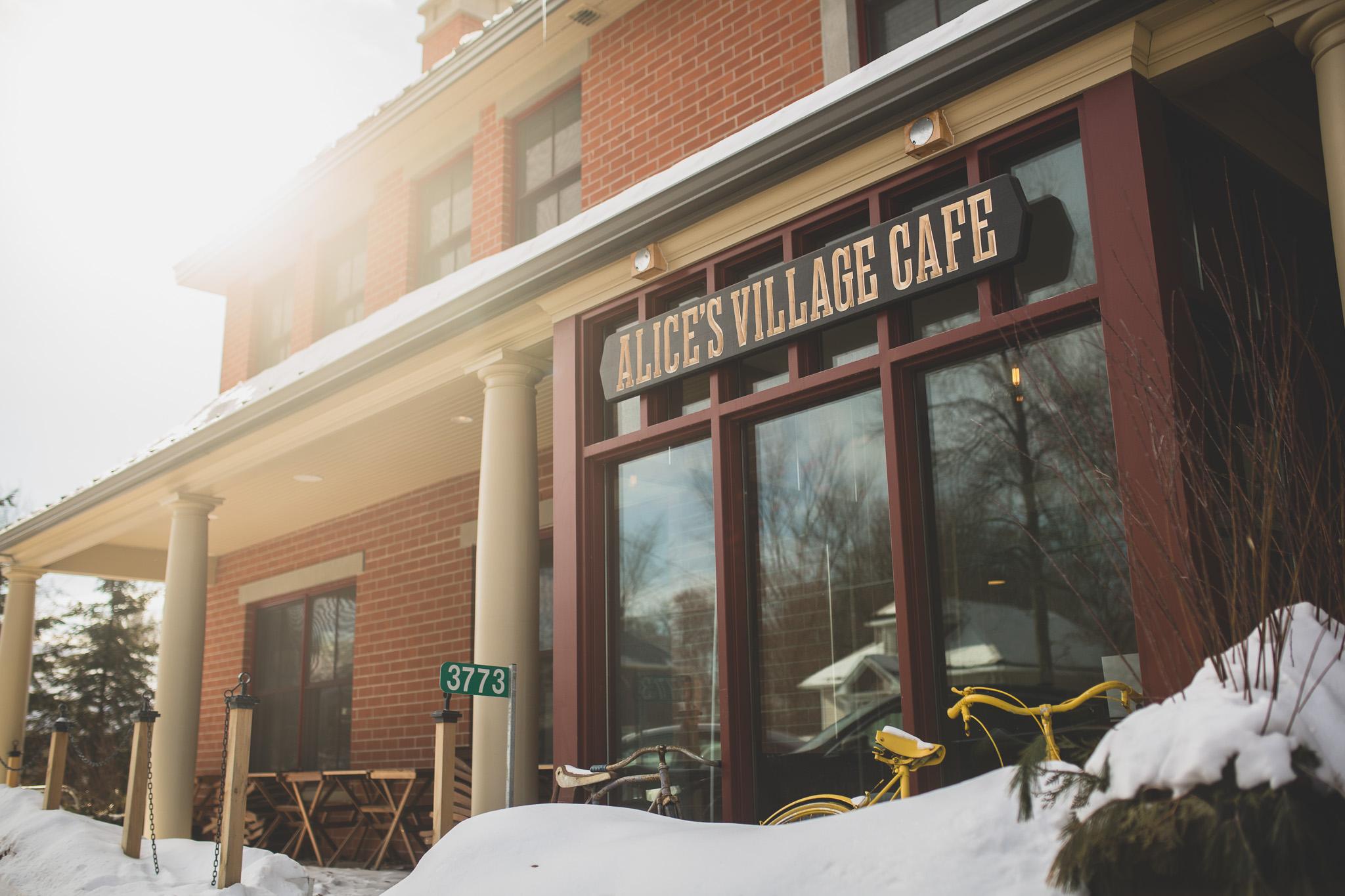005-Jonathan-Kuhn-Photography-Alices Cafe Carp ON-2269.jpg
