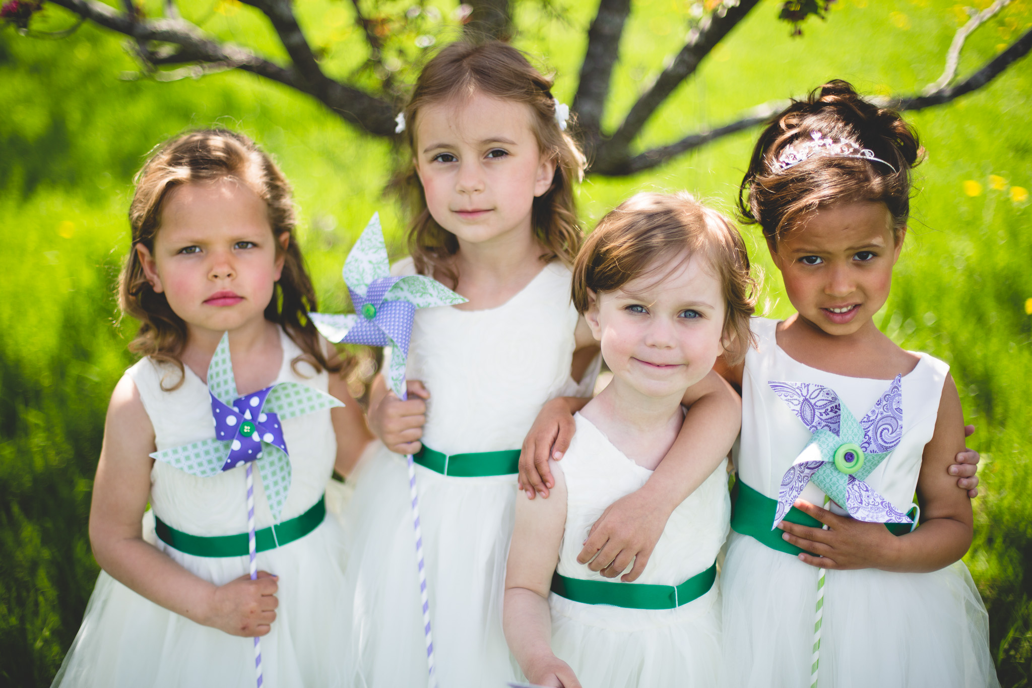 Wedding-Photography-Flower-Girls-Pinwheel