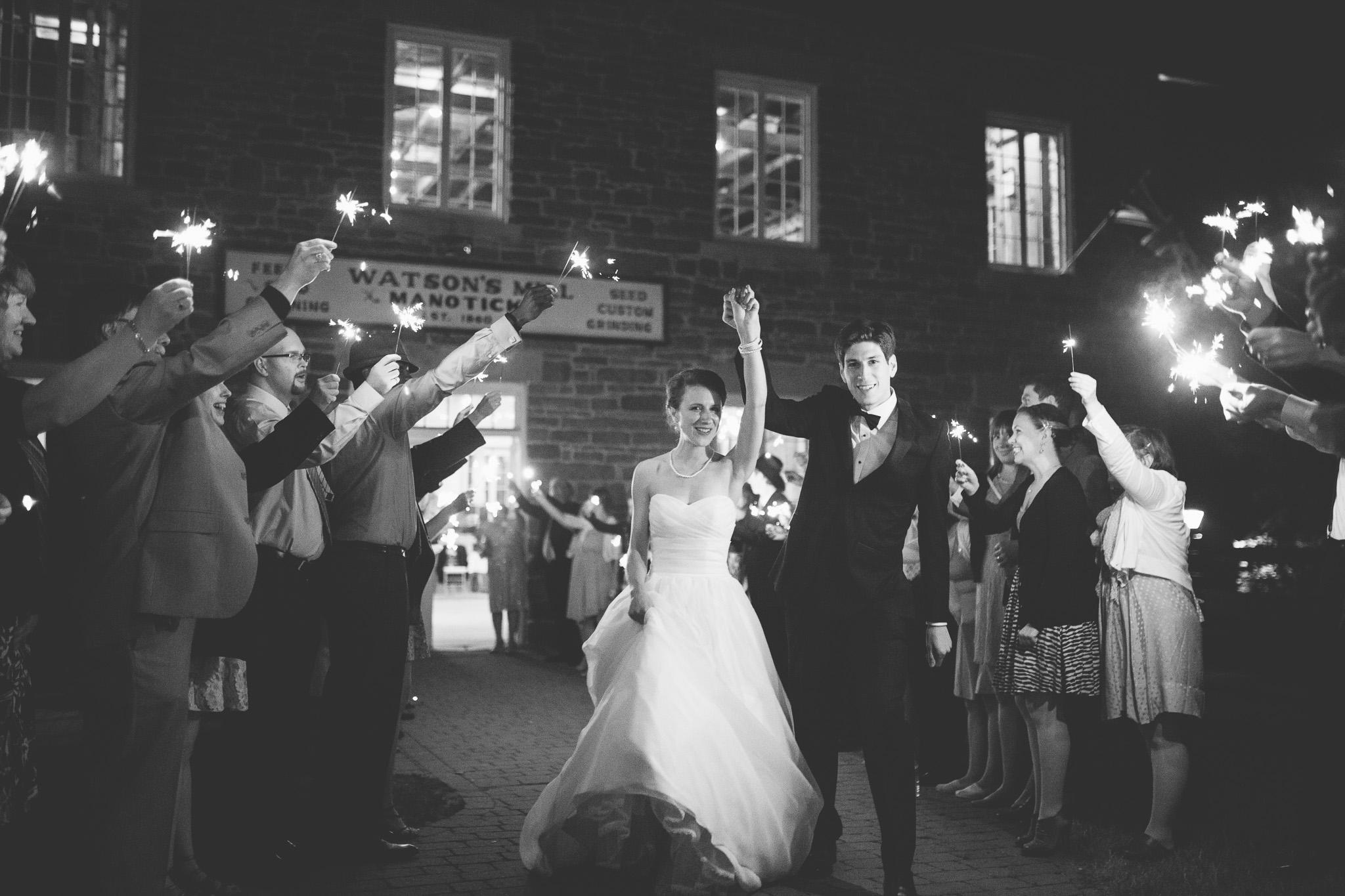 Sparkler-Send-off-wedding