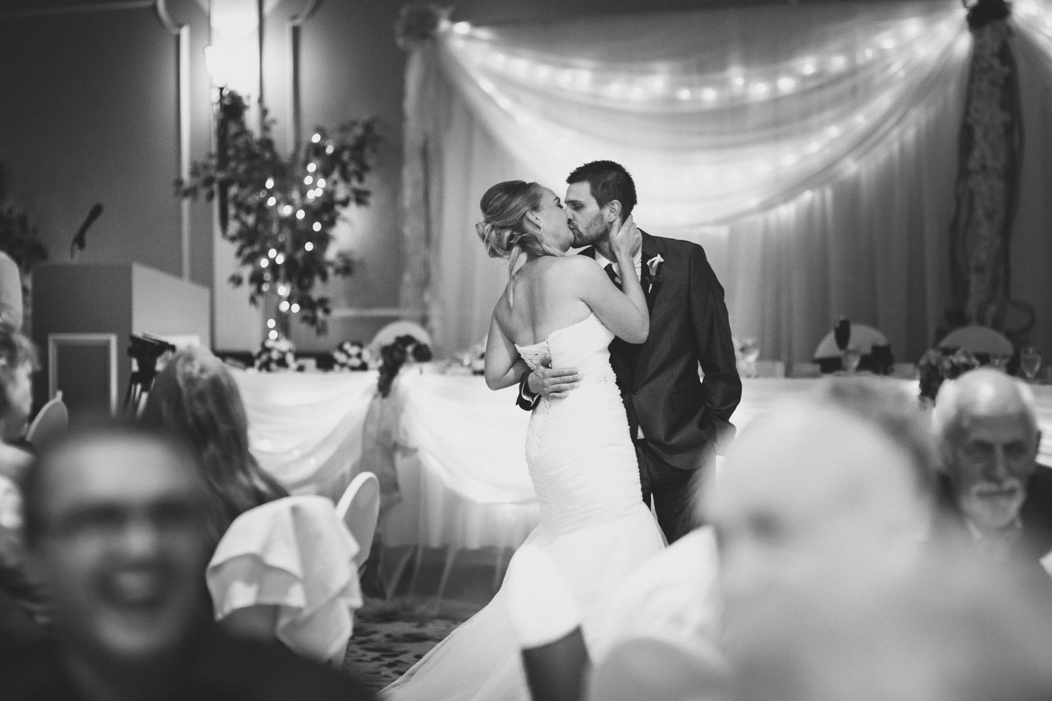 Tudor-Hall-wedding-reception