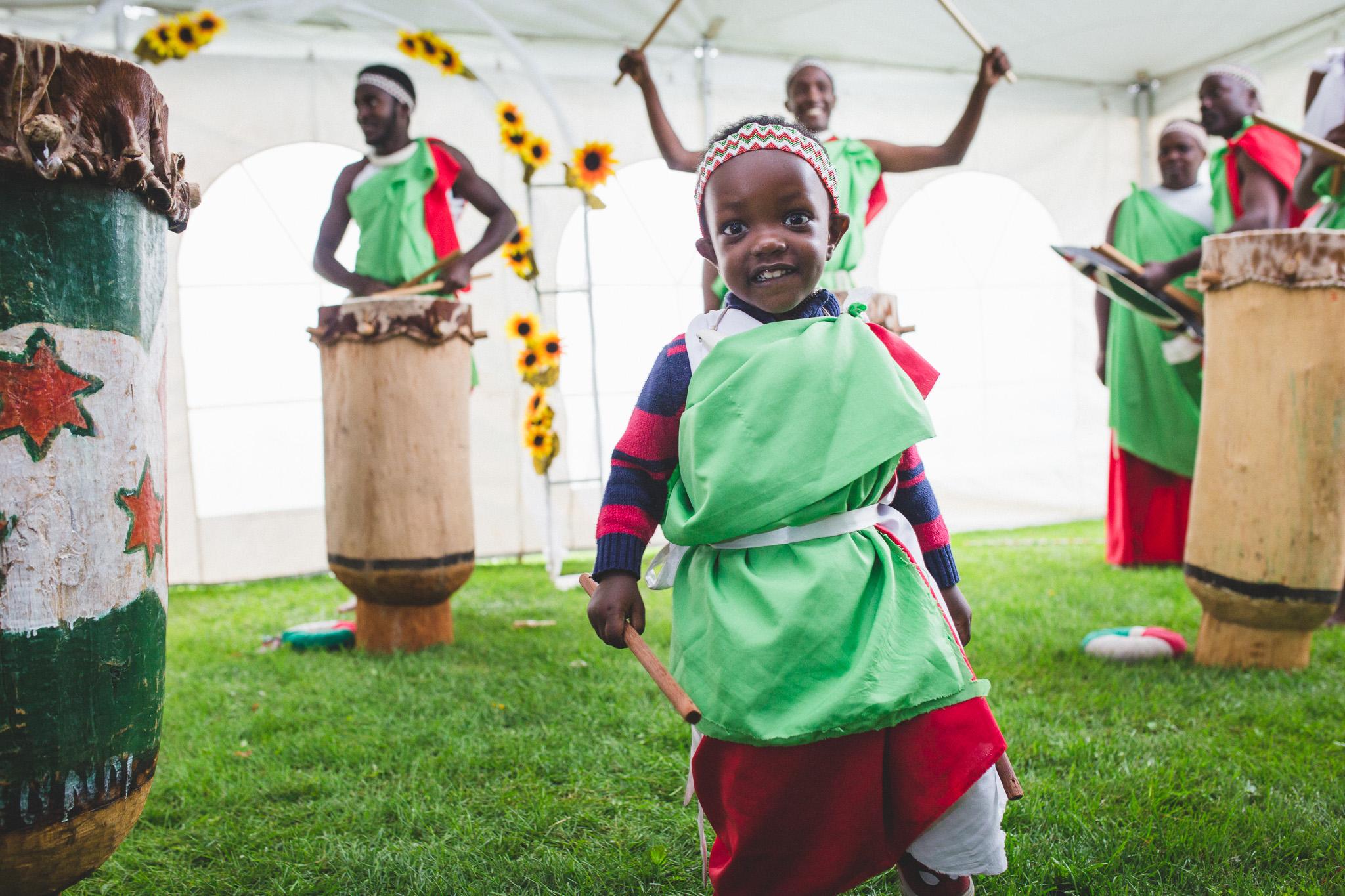 Burundy-Dancers-Wedding