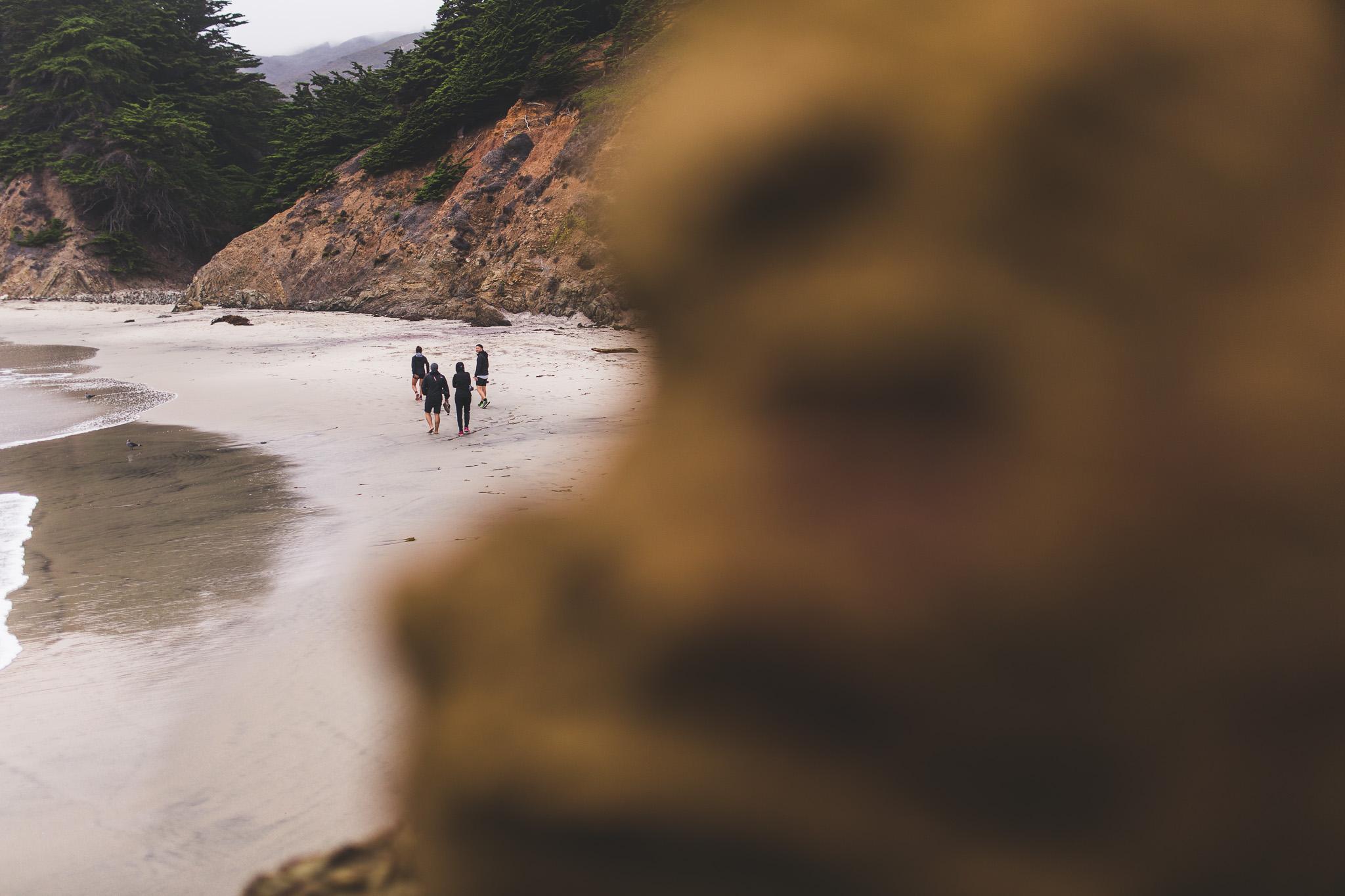 friends-walking-on-pfeiffer-beach