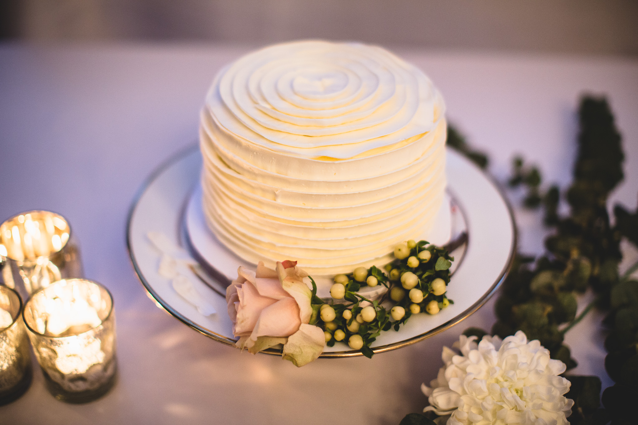 thimble-cakes-wedding-cake