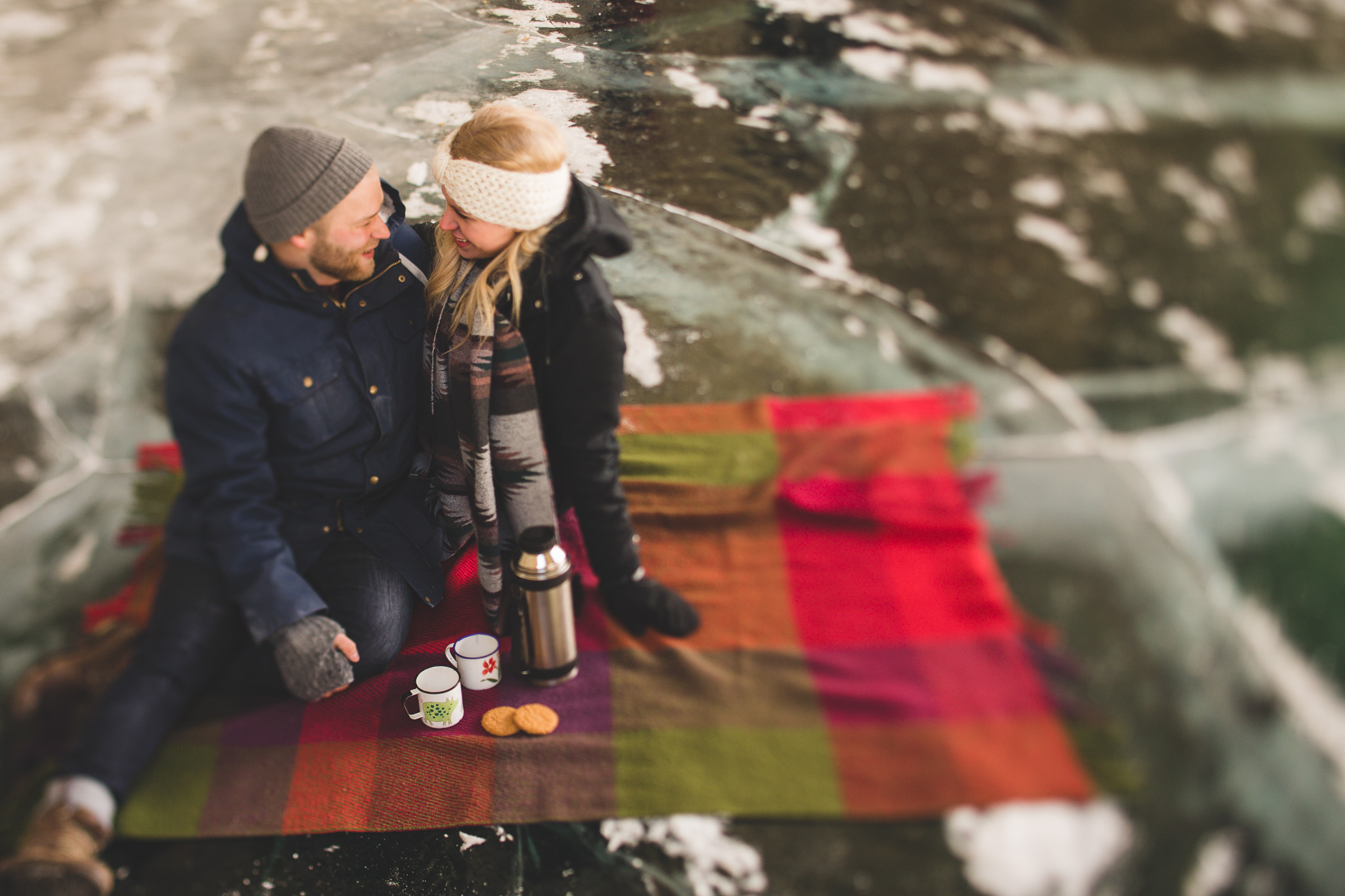 Picnic-Engagement-Session-Winter