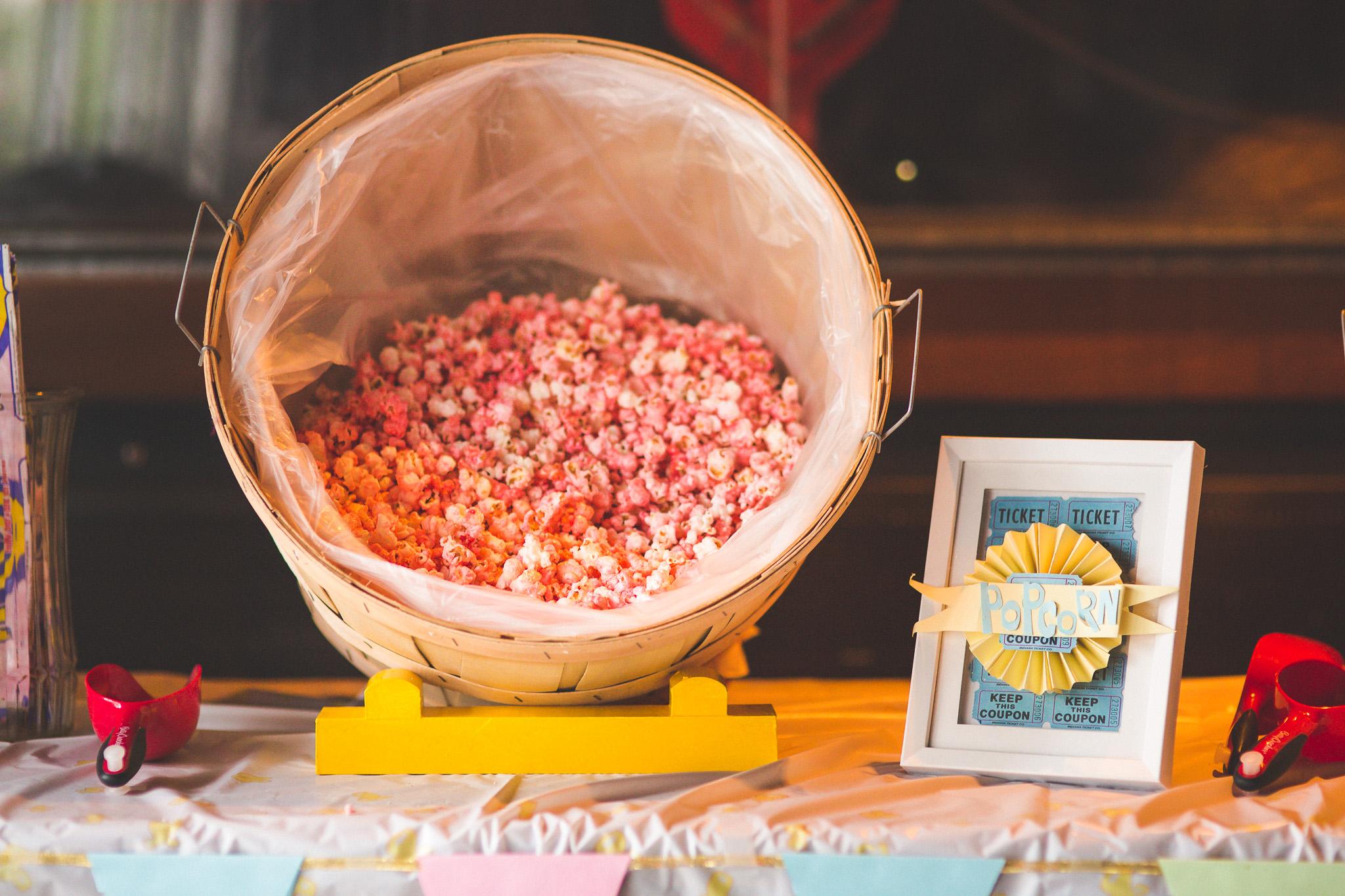 Carnival-wedding-theme-popcorn