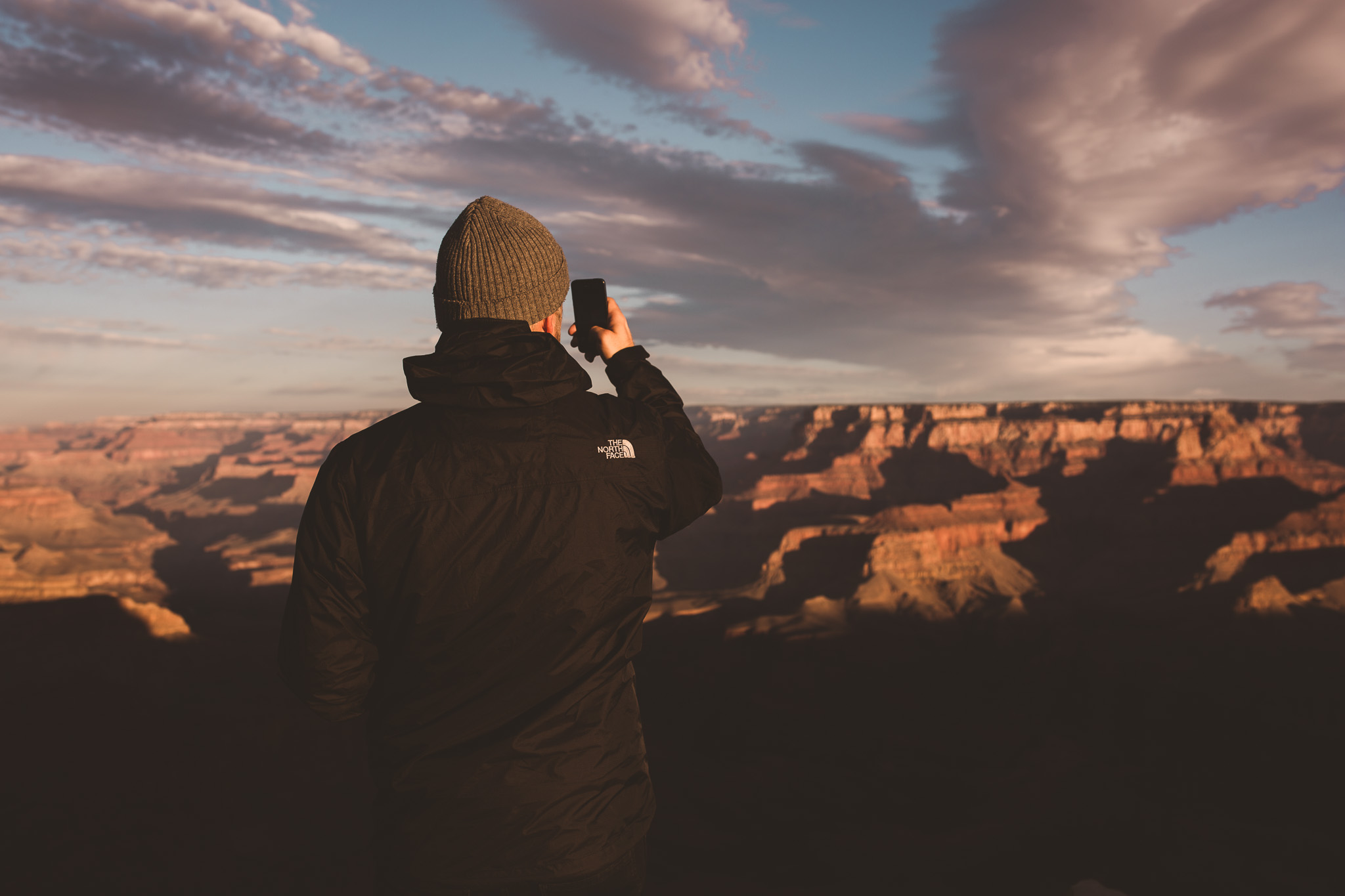 taking-instagram-photos-at-the-grand-canyon