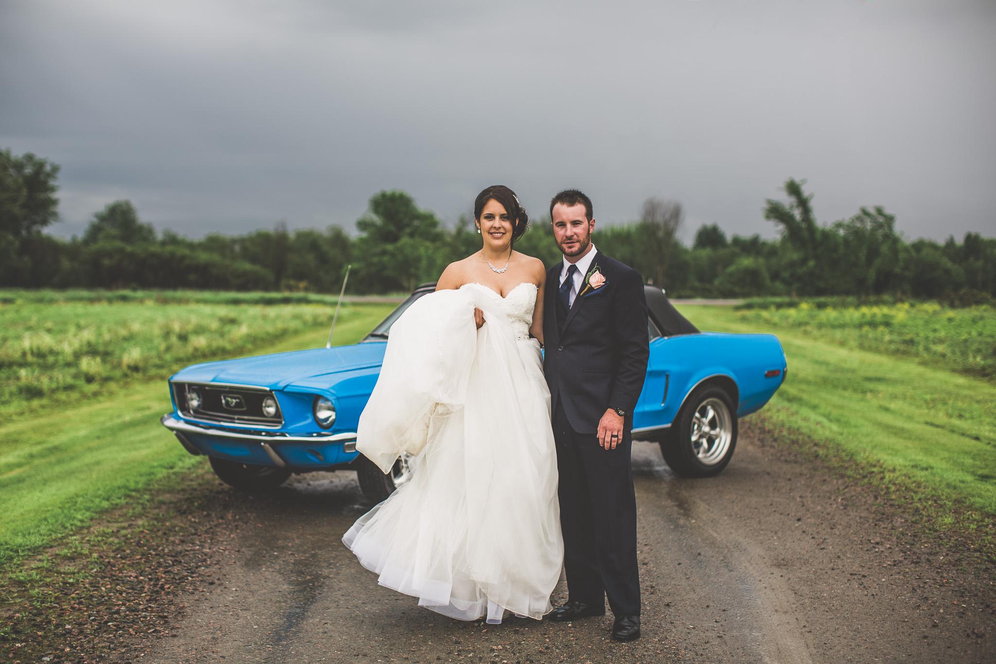 rainy-wedding-day-portraits-Ottawa