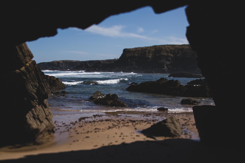 portugal cave byt he ocean