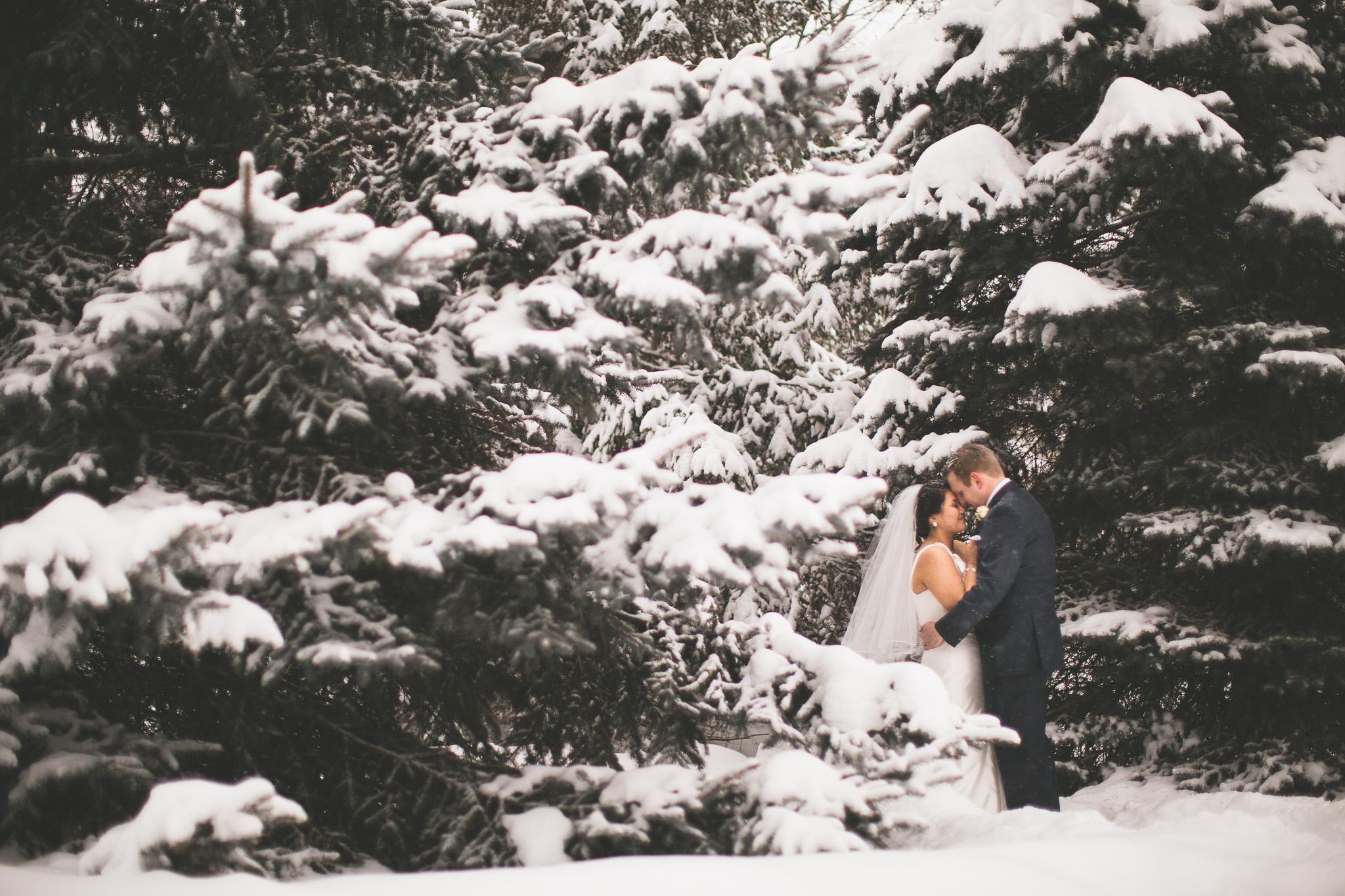 winter wedding jonathan kuhn