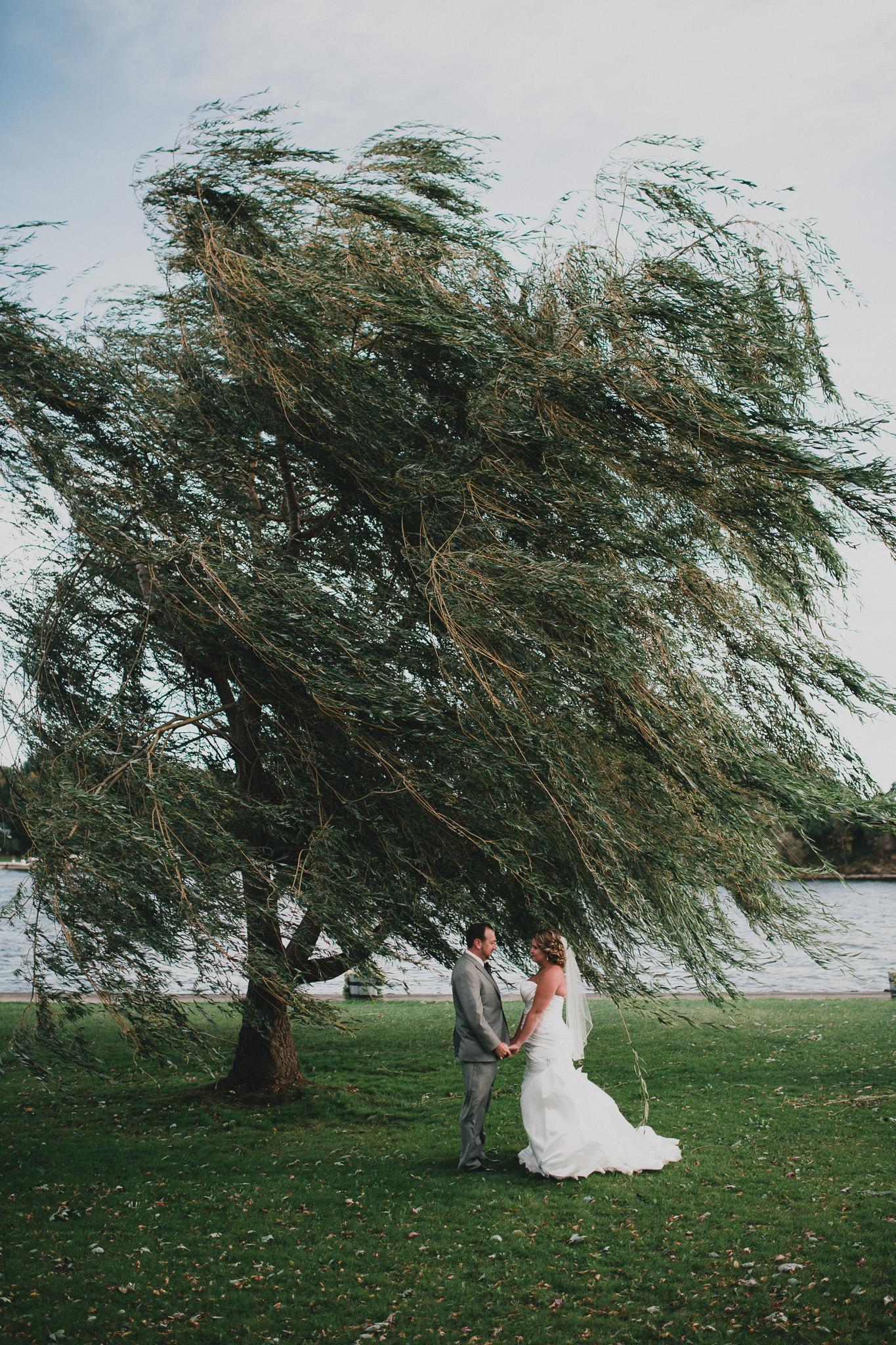 windy wedding rideau ferry