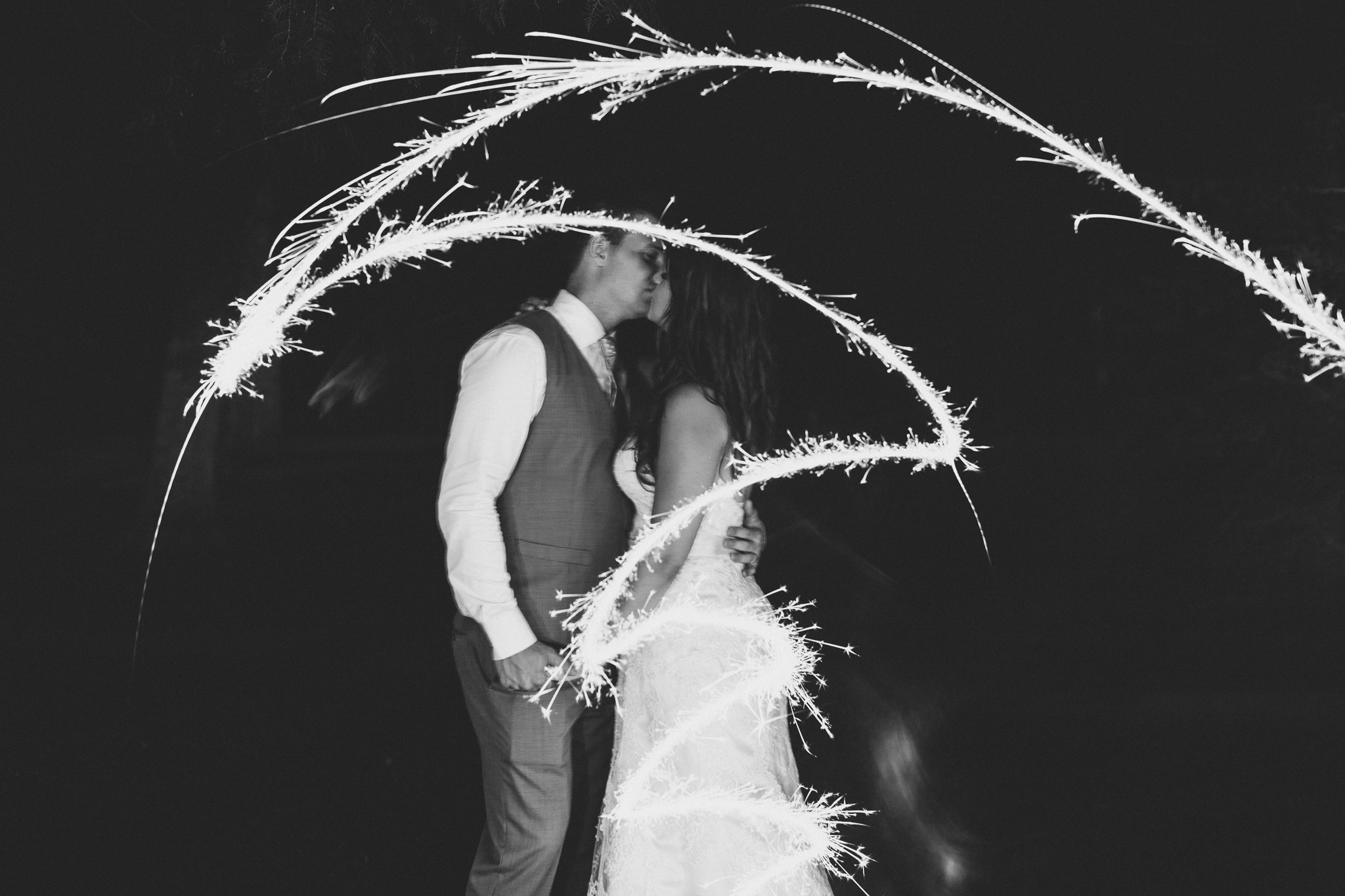 Wedding day, sparkler portraits