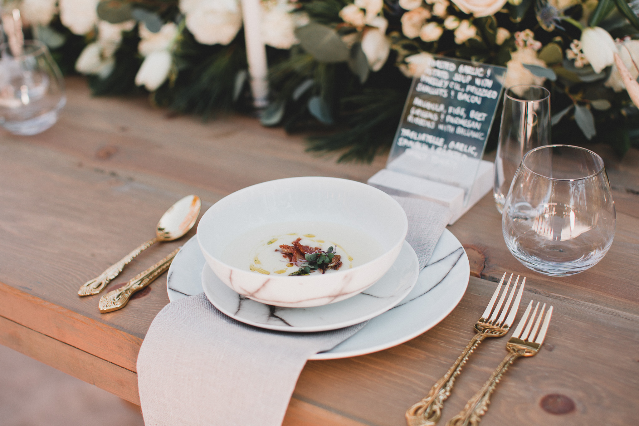 Authentic, natural wedding photographs Capital
