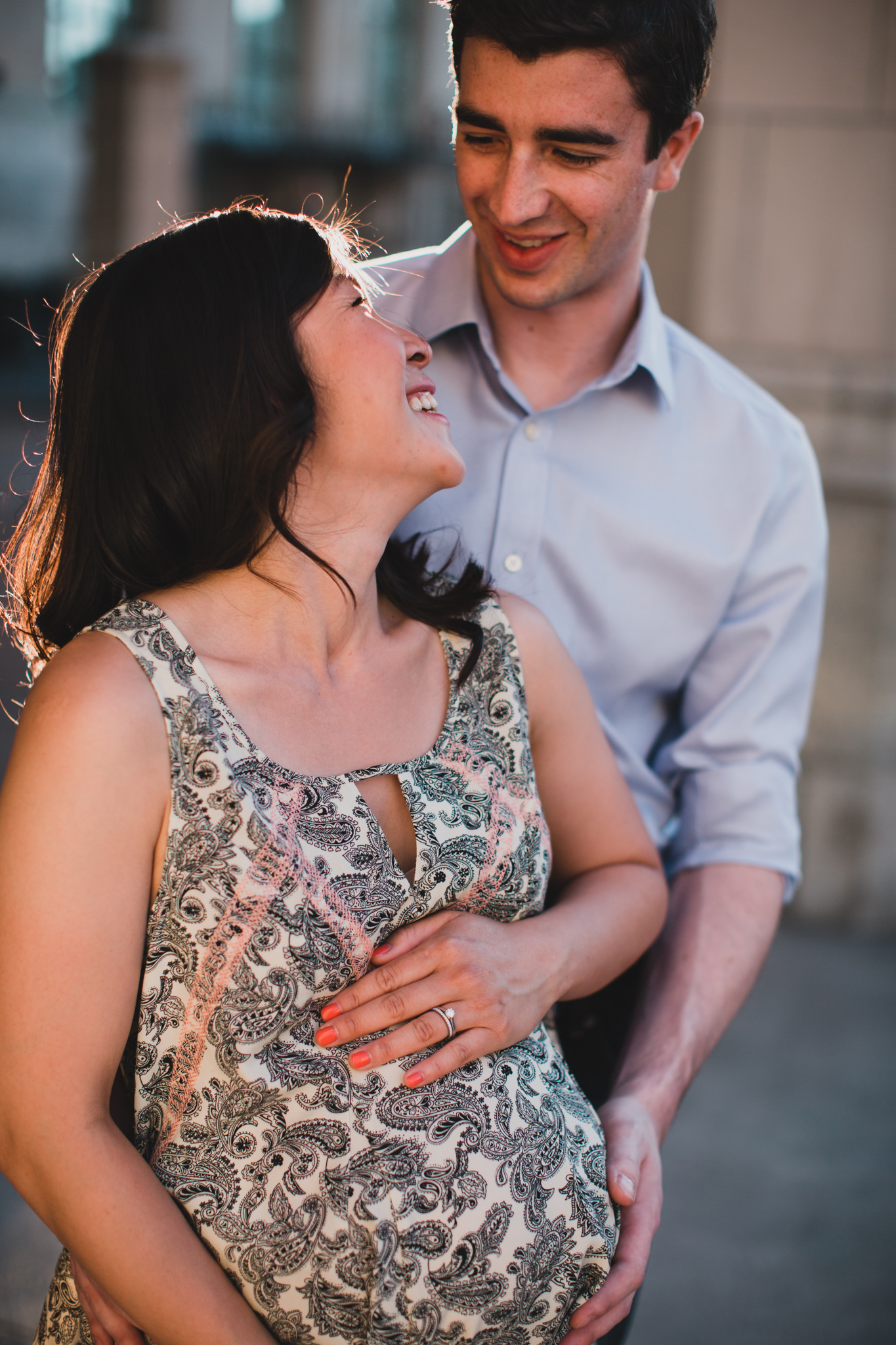 Maternity photographer in Ottawa Natural